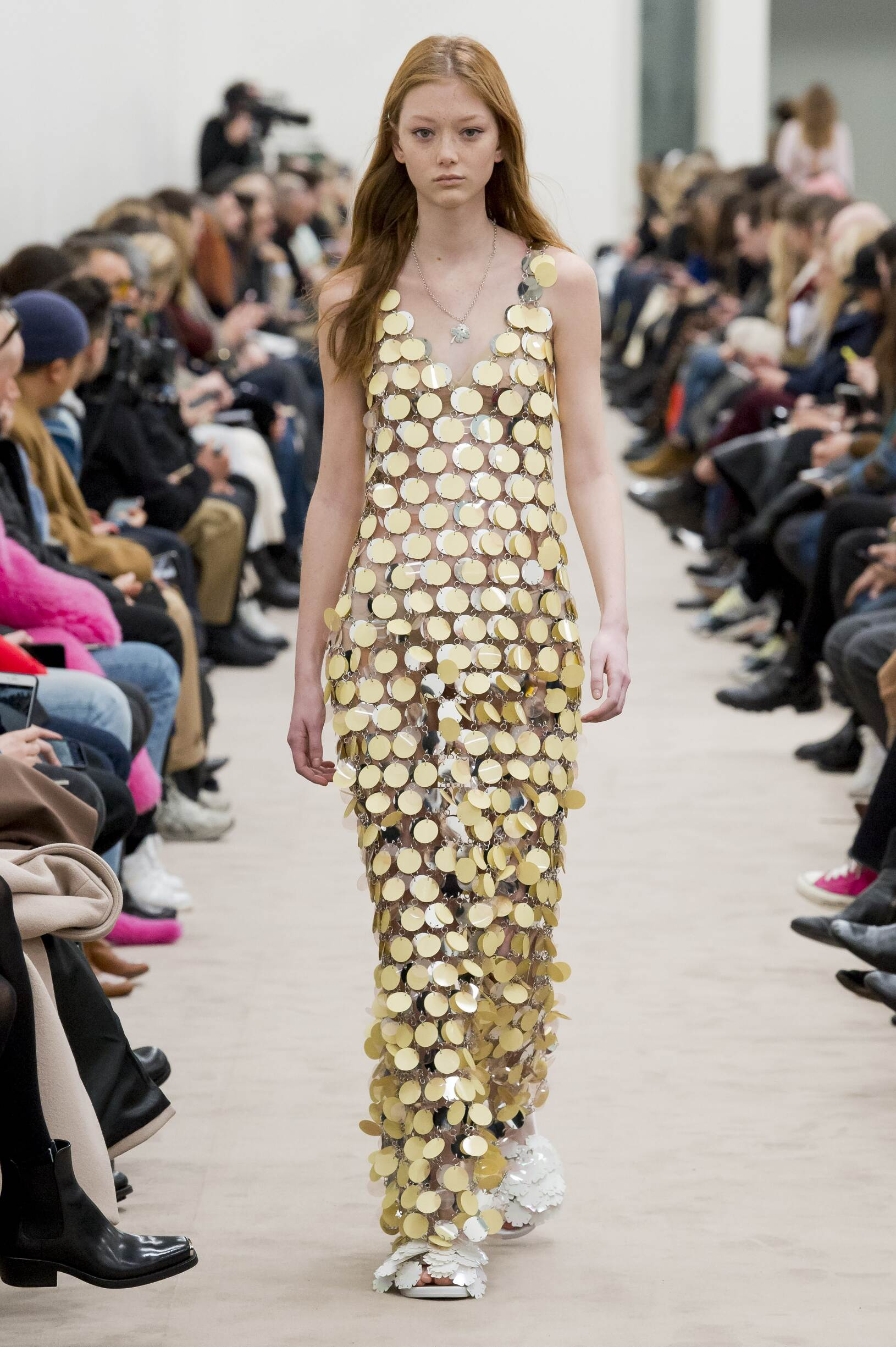 2018 Catwalk Paco Rabanne Woman Fashion Show Winter