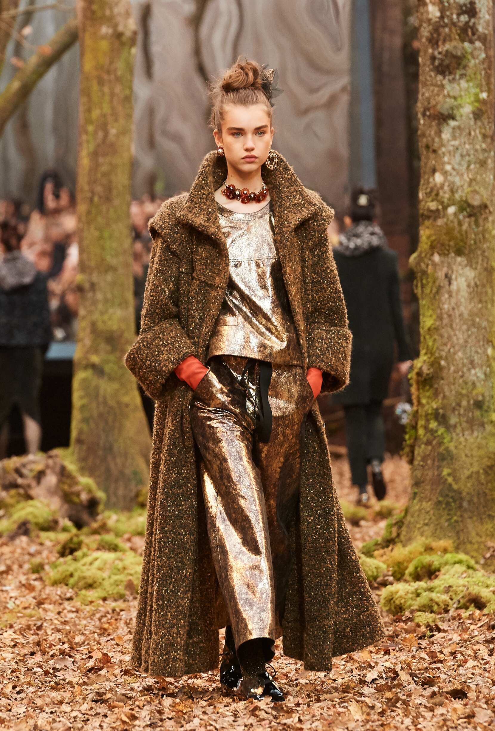 Chanel Fall Winter 2018 Women S Collection The Skinny Beep