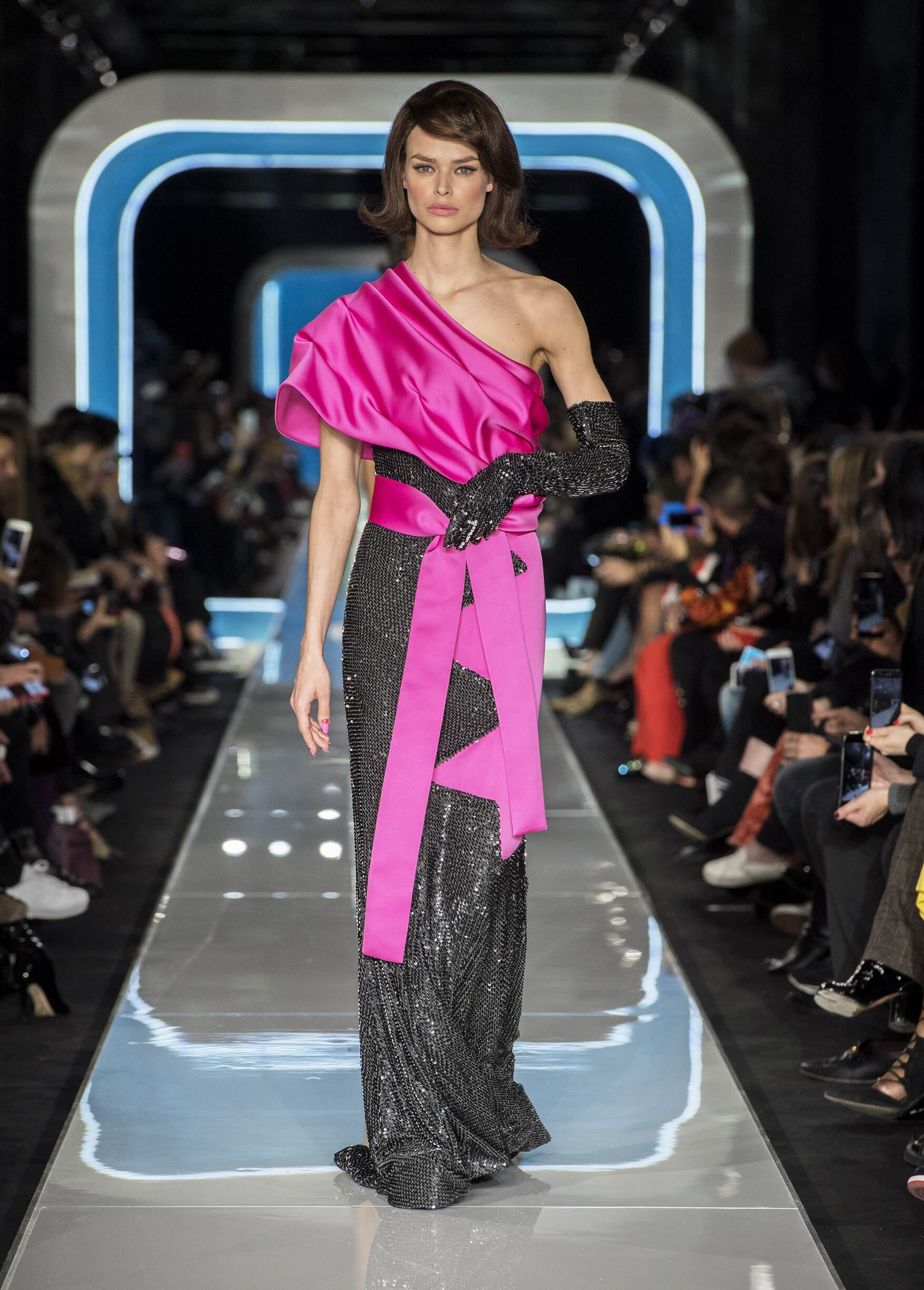 2018 Moschino Woman Colors Trends