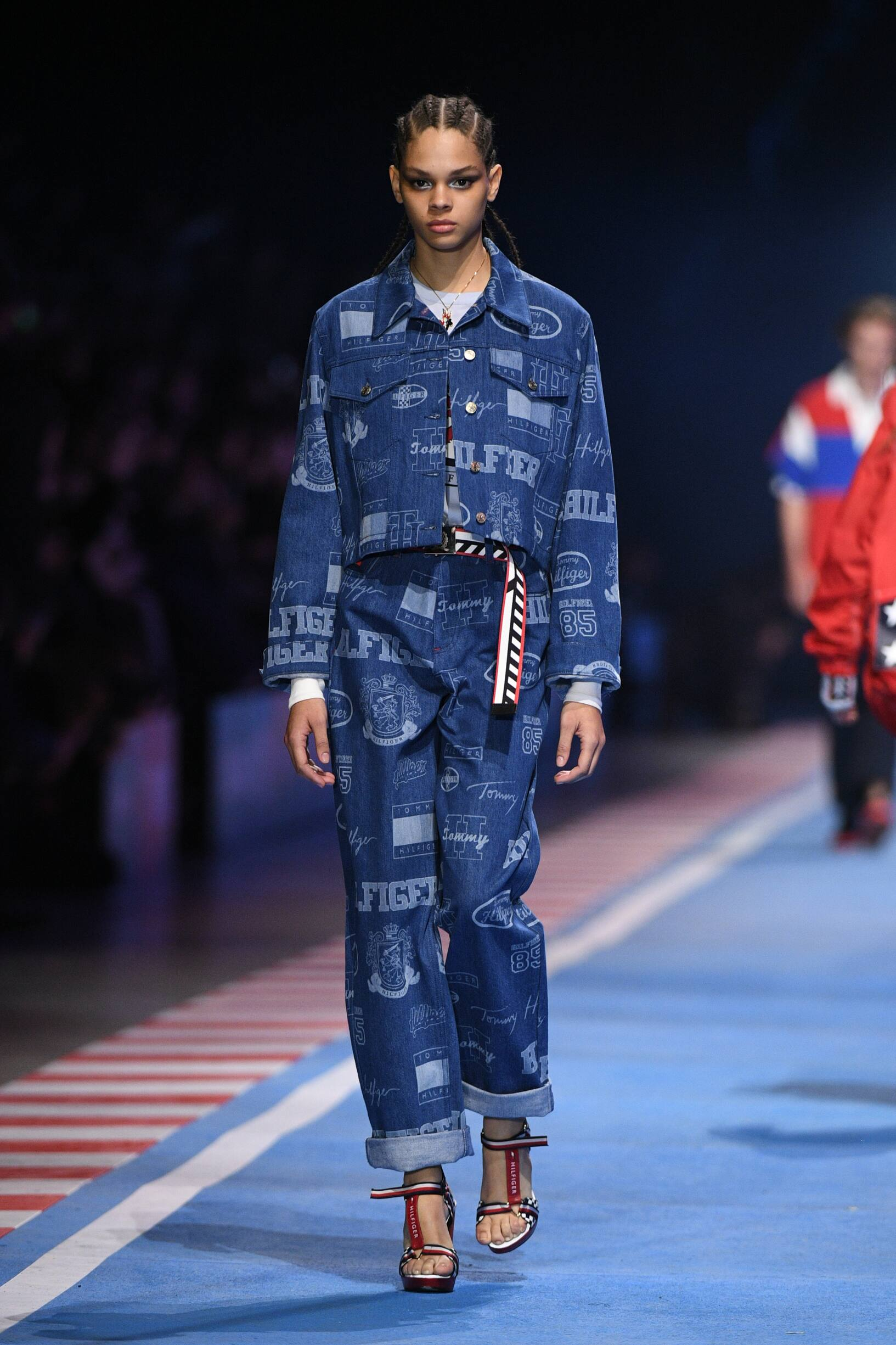 2018 Tommy Now Drive Woman Spring Runway