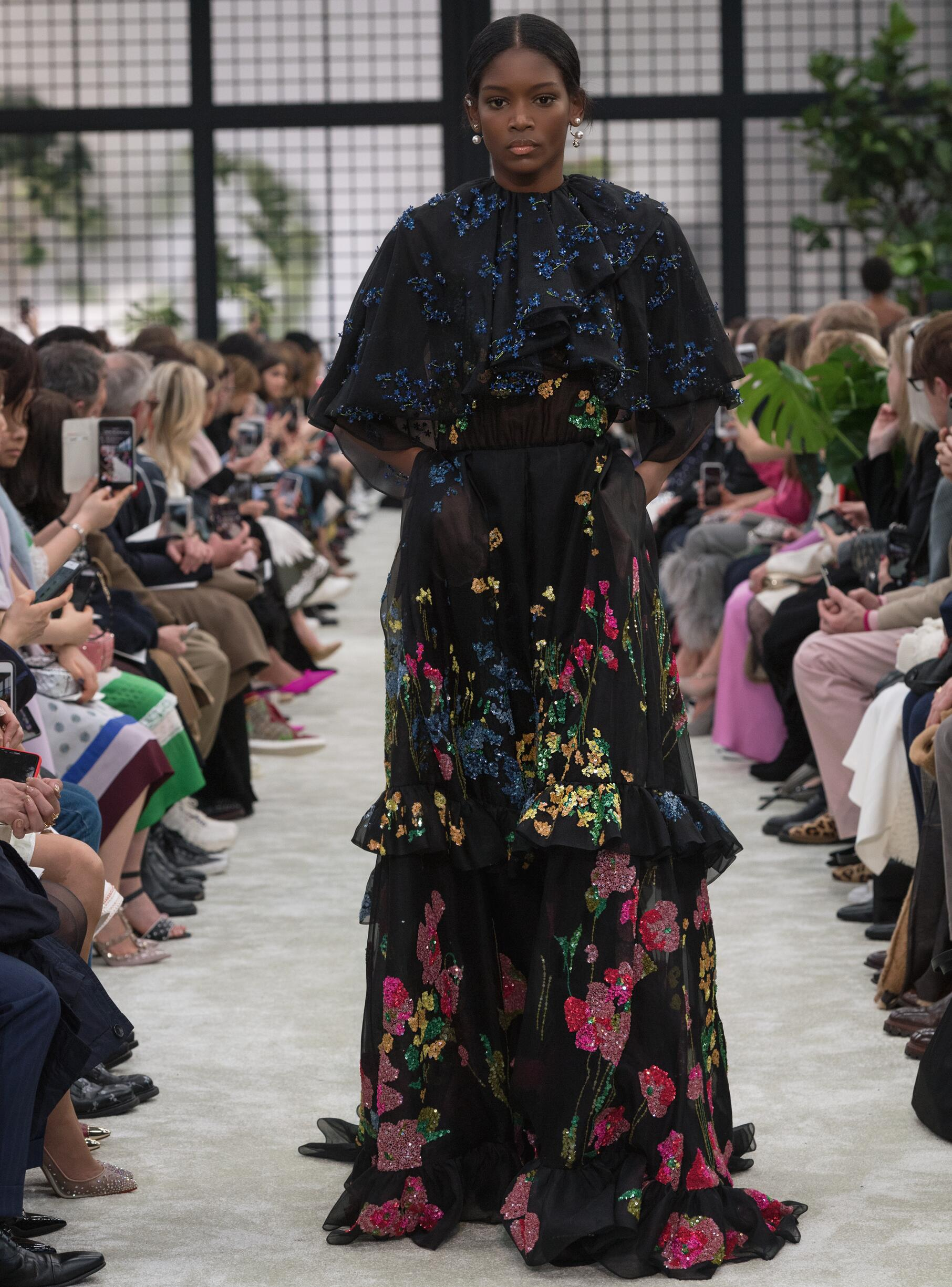 2018 Valentino Woman Colors Trends