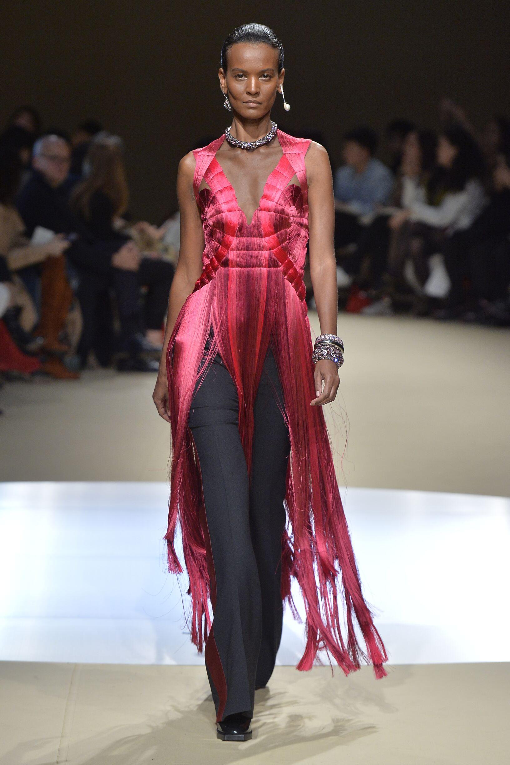 2018 Woman Style Alexander McQueen