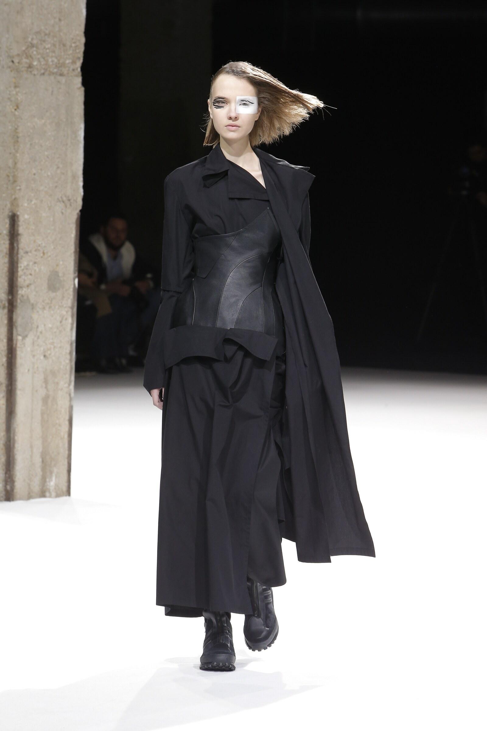 2018 Yohji Yamamoto Fall Winter Woman