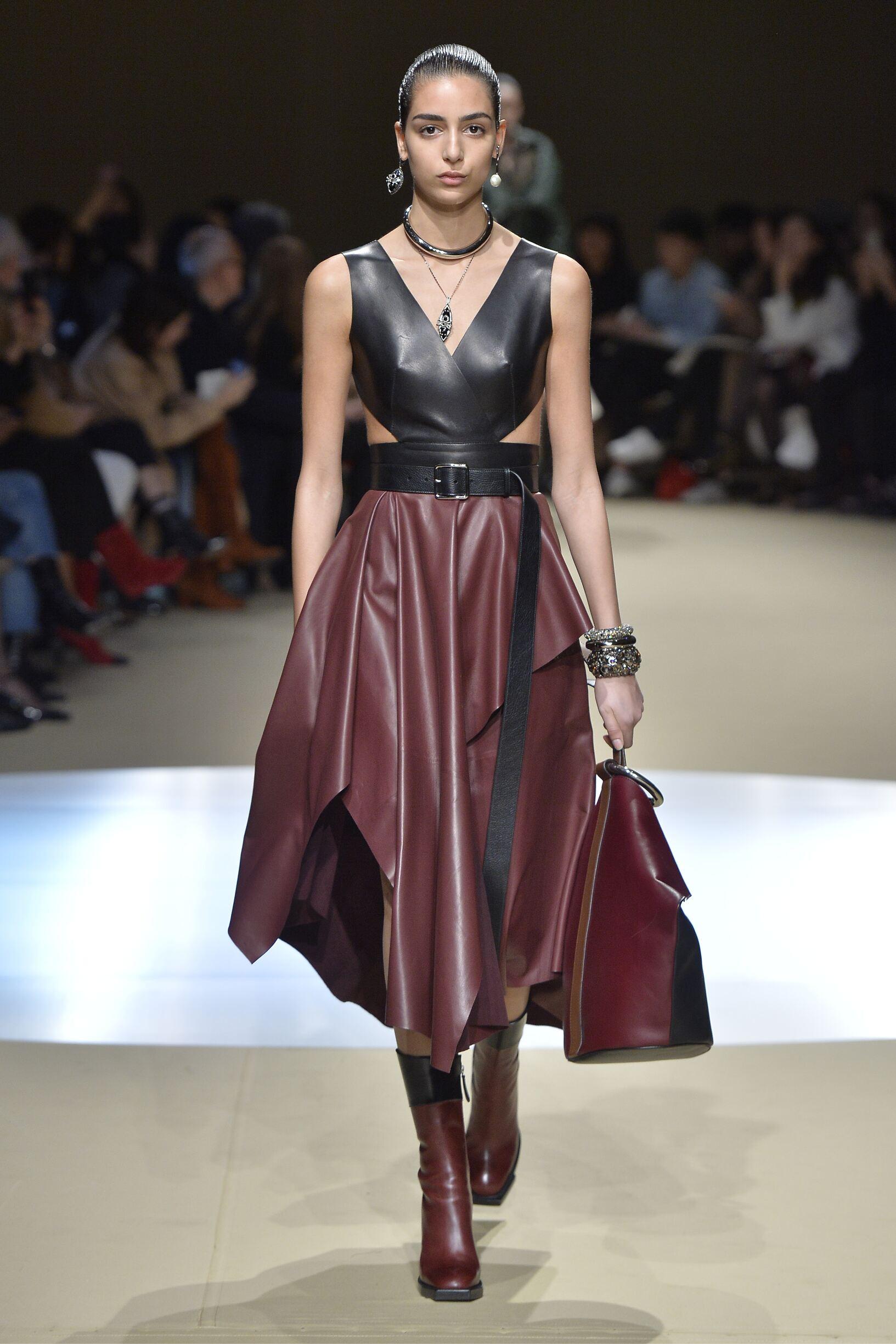 Alexander McQueen FW 2018 Womenswear