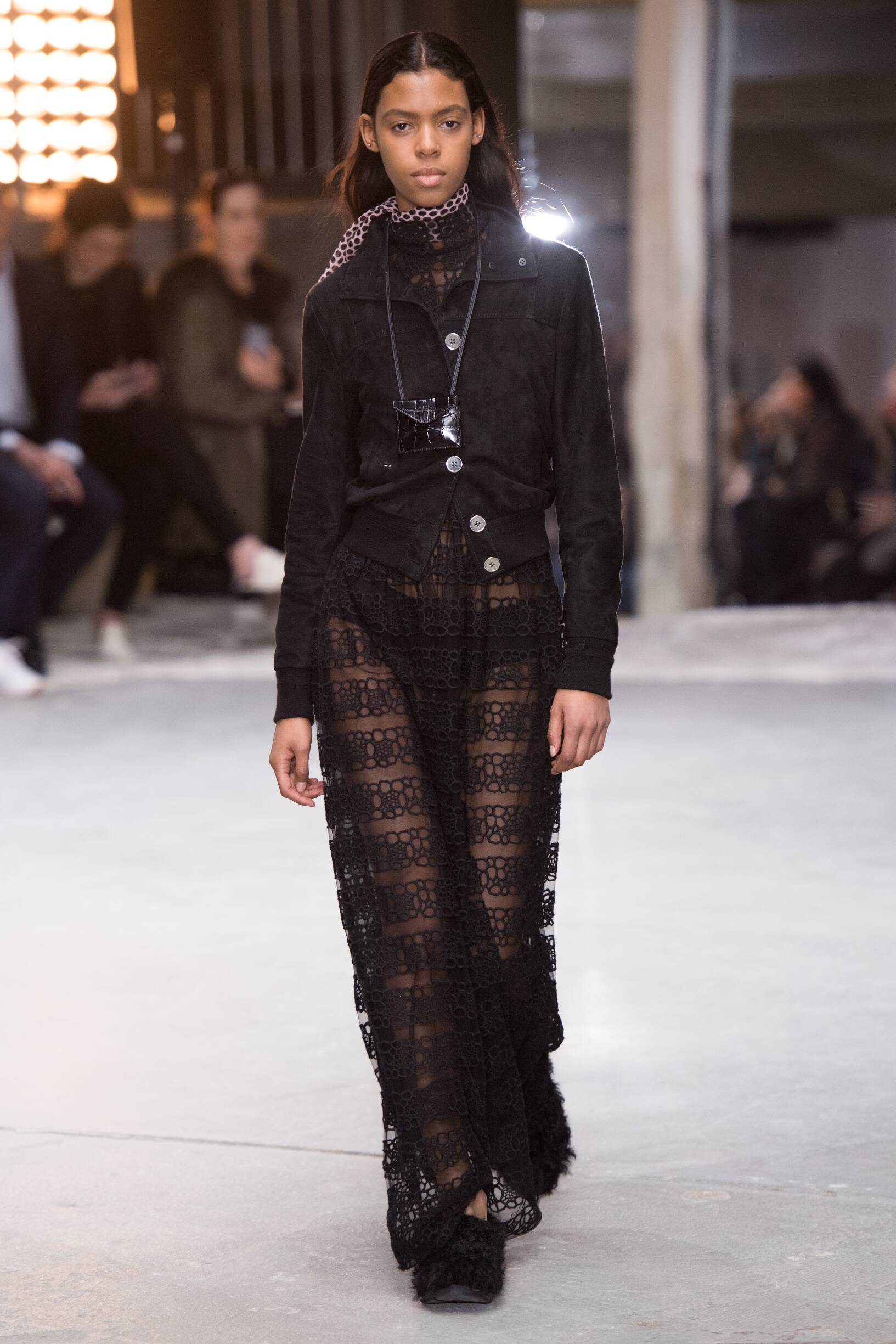 Catwalk Giambattista Valli Woman Fashion Show Winter 2018