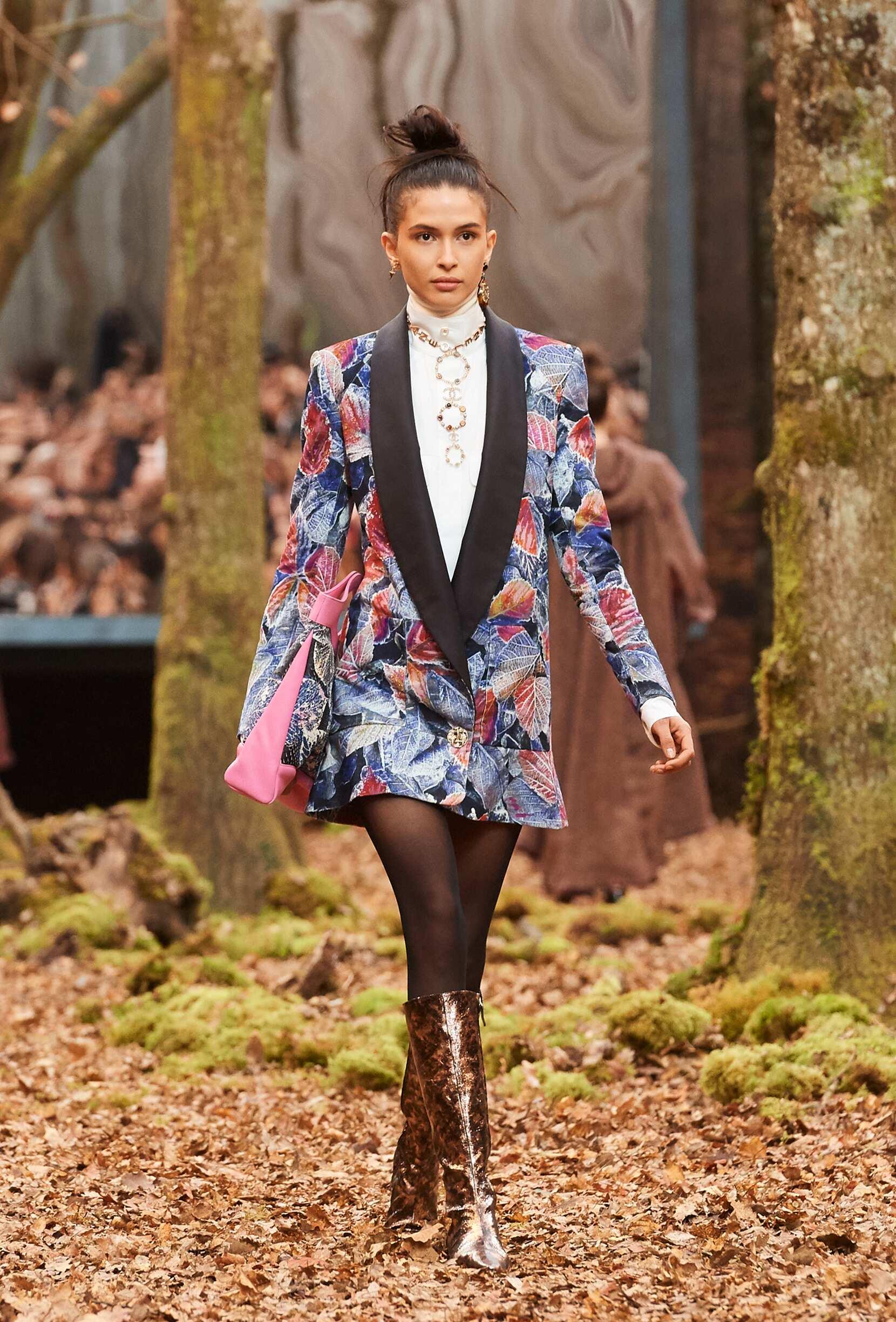 Chanel 2018 Paris Women Trends