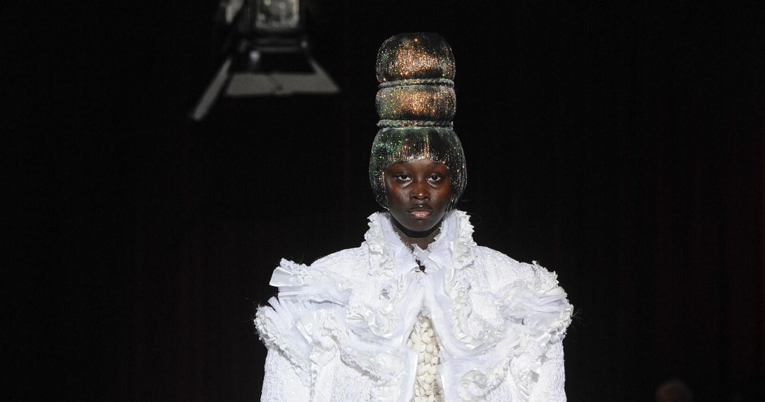 Comme des Garçons Fashion Show FW 2018 Paris
