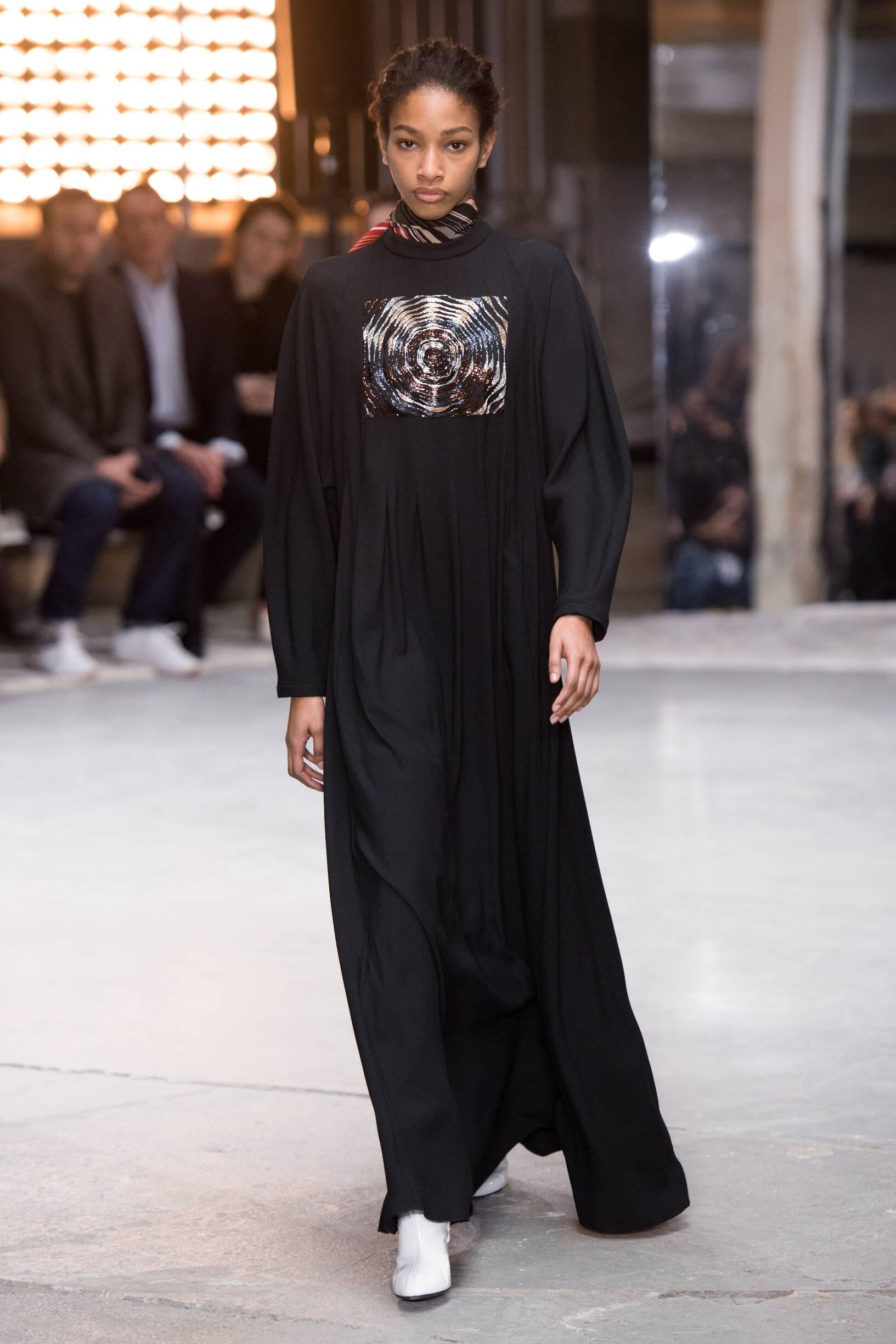 FW 2018-19 Giambattista Valli Fashion Show Paris