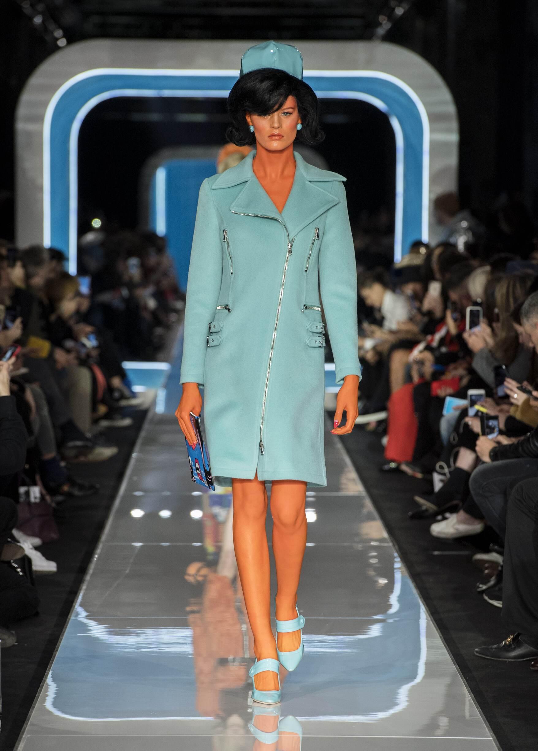 Fall 2018-19 Womenswear Moschino