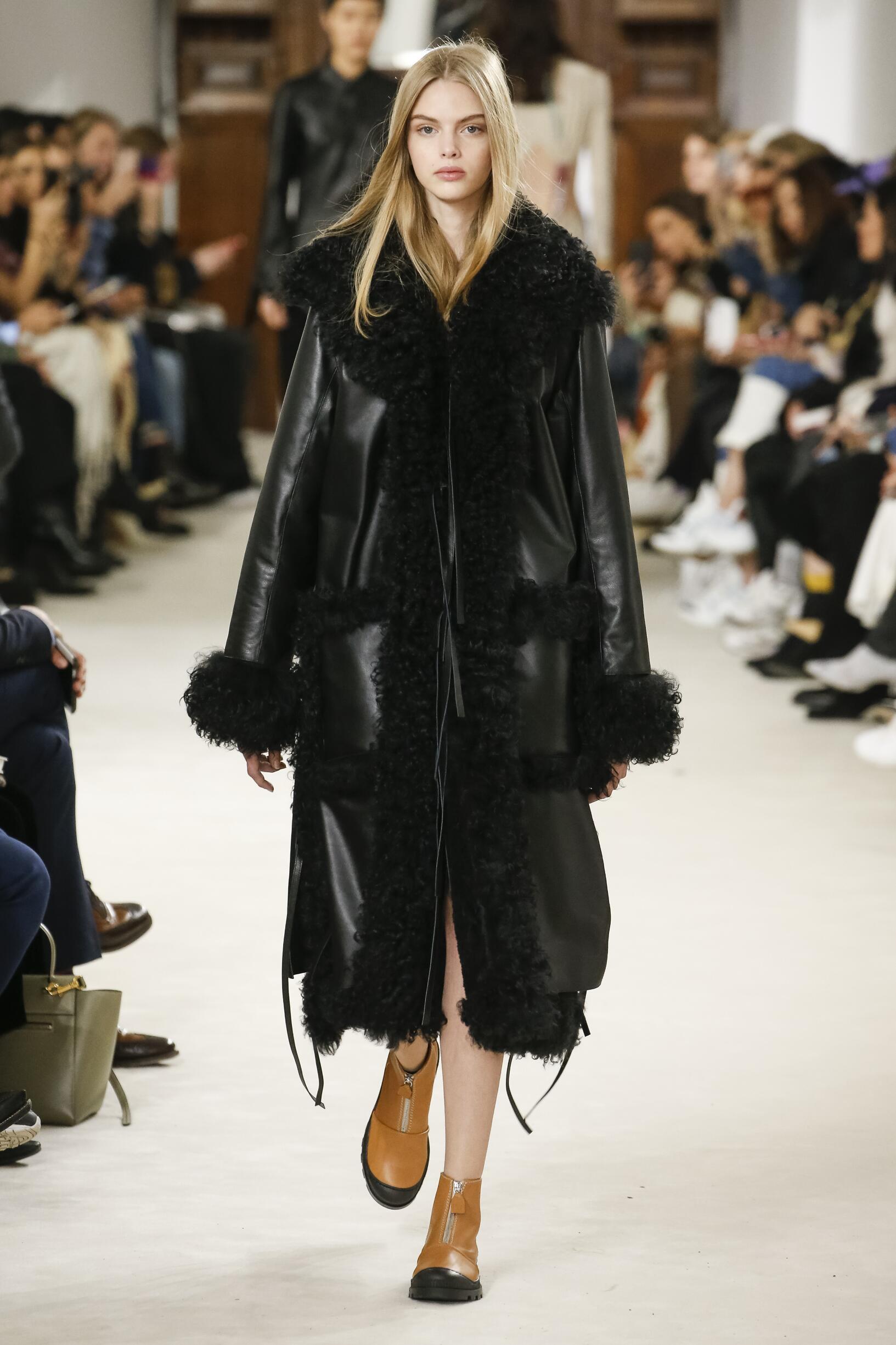 Fall Fashion 2018-19 Loewe