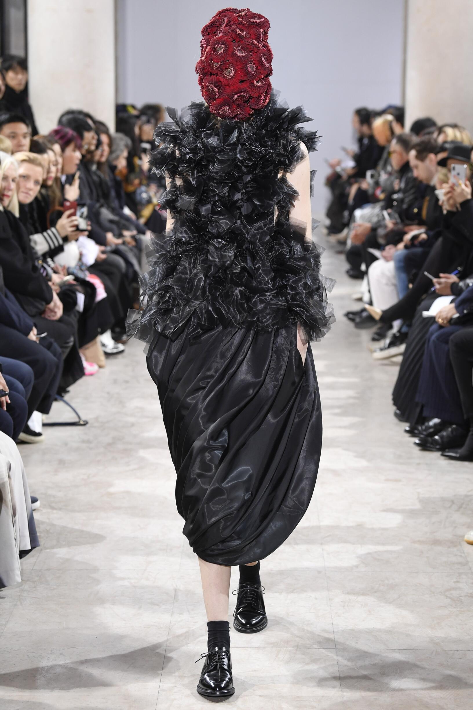 Fall Fashion 2018-19 Noir Kei Ninomiya