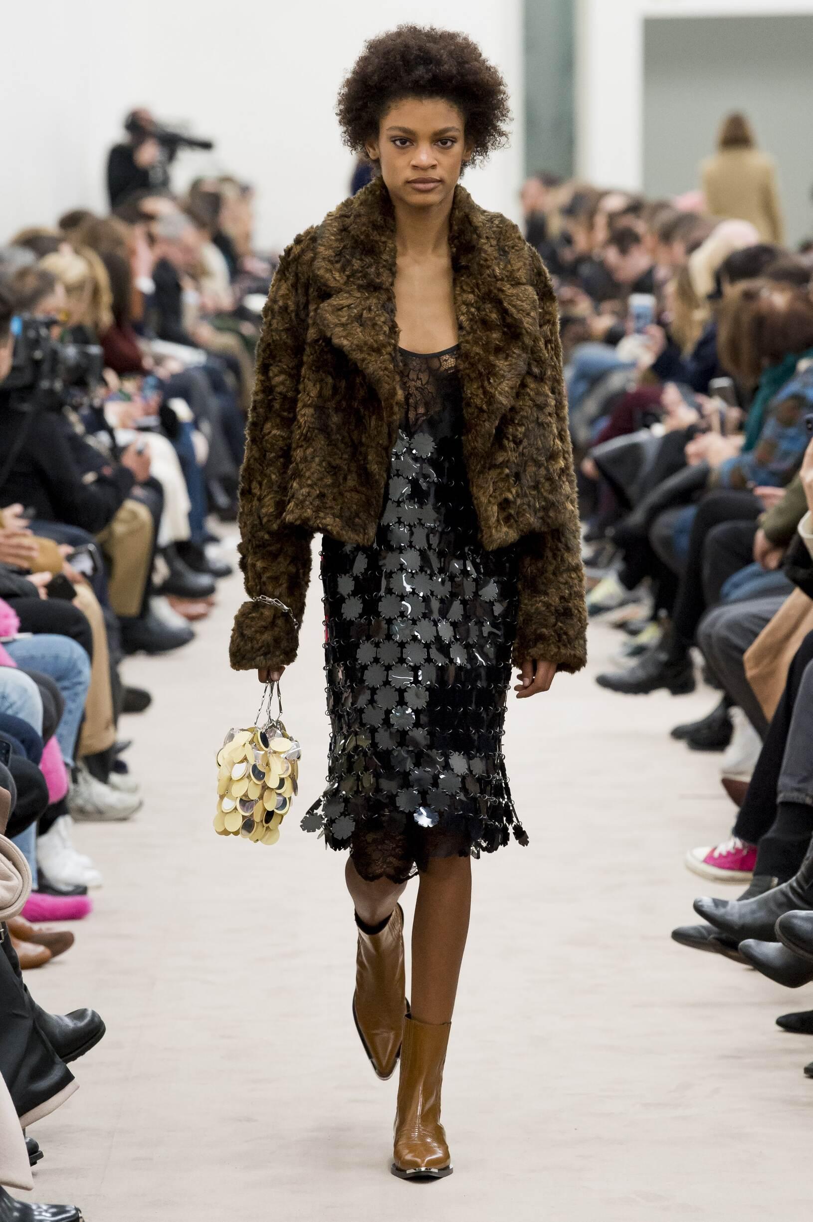 Fall Fashion Woman Trends 2018 Paco Rabanne