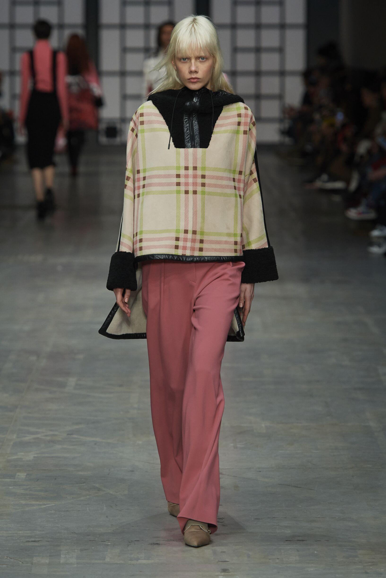 Fall Fashion Woman Trends 2018 Trussardi