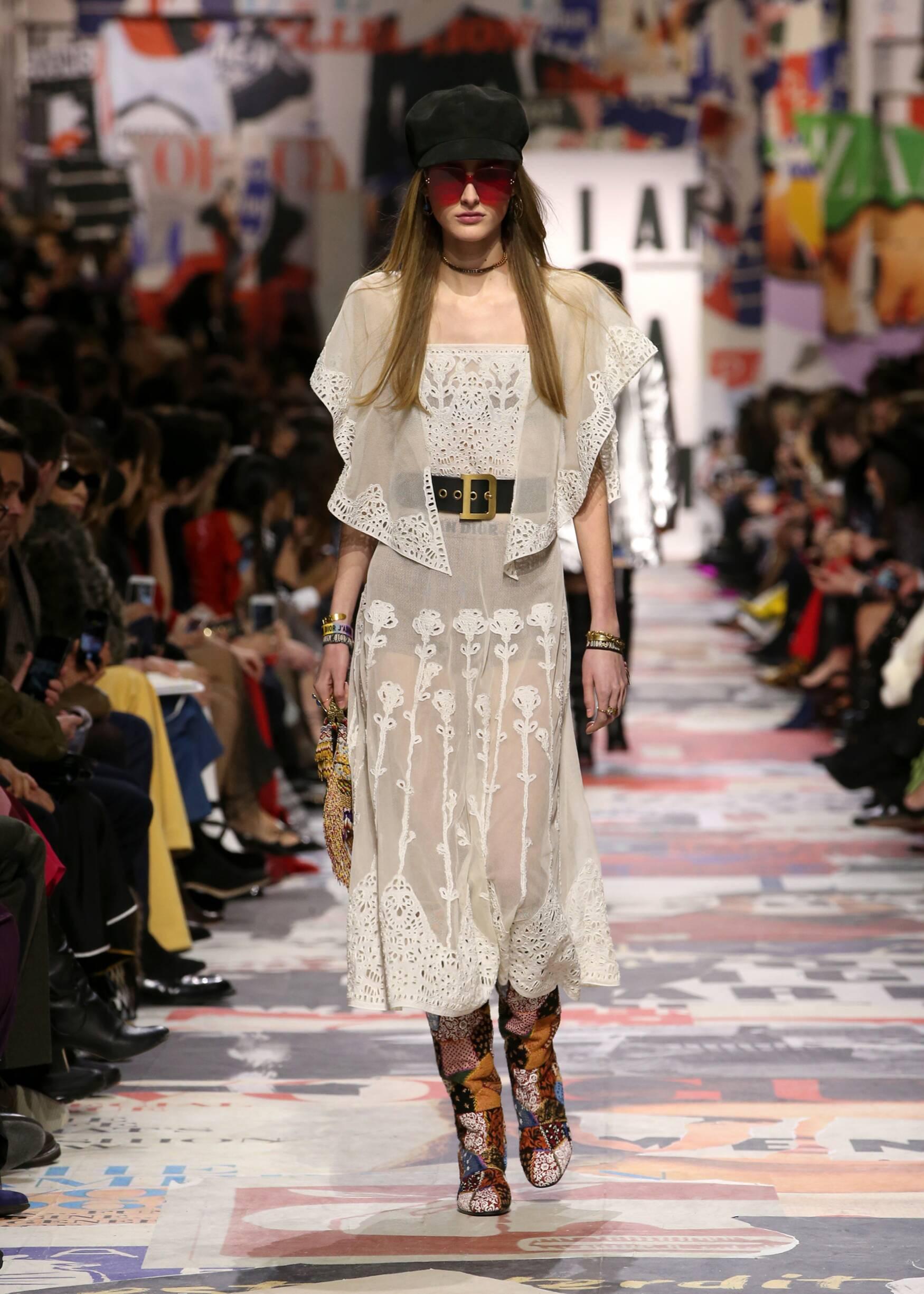 Fall Winter 2018 Woman Paris Dior Collection