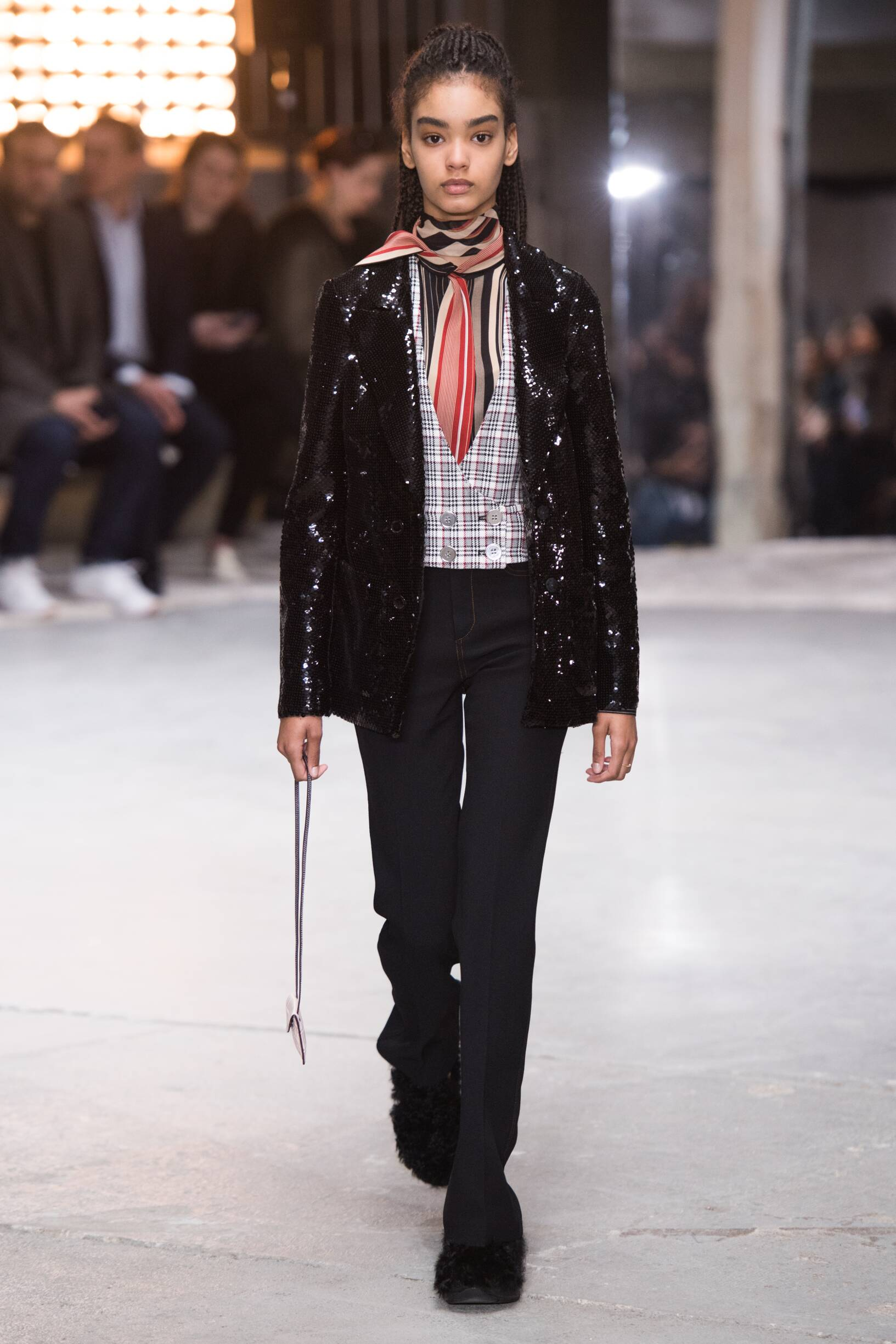 Fall Winter 2018 Woman Paris Giambattista Valli Collection