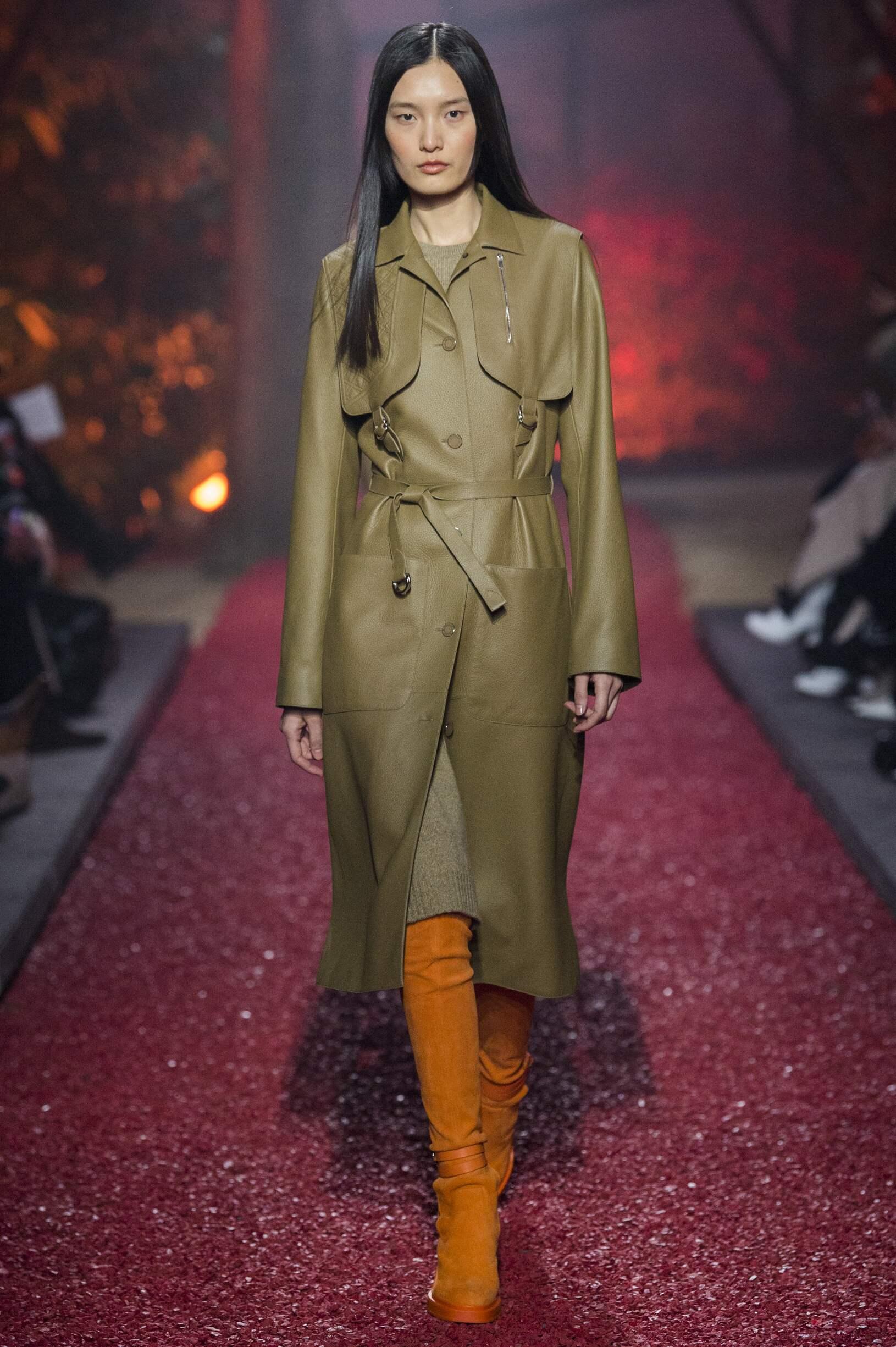 Fashion 2018-19 Woman Colors Hermès