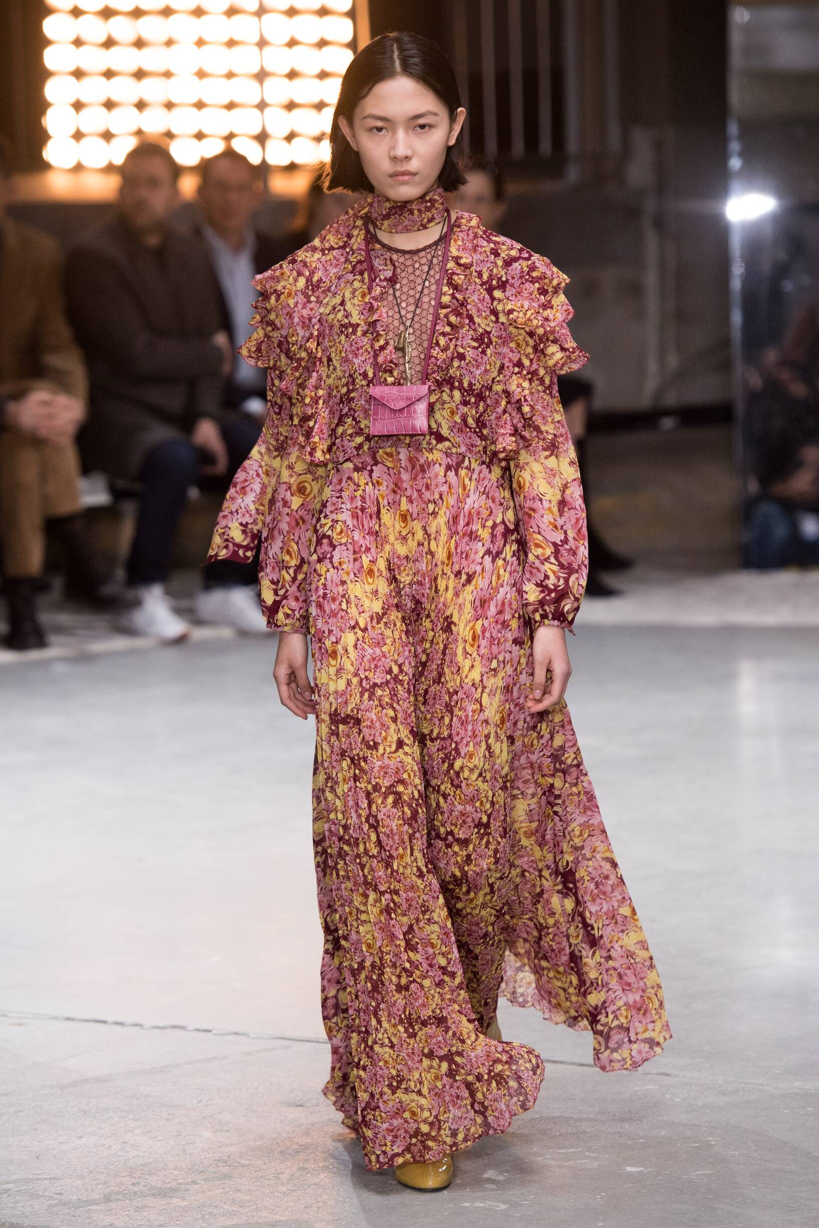 Fashion 2018-19 Woman Style Giambattista Valli