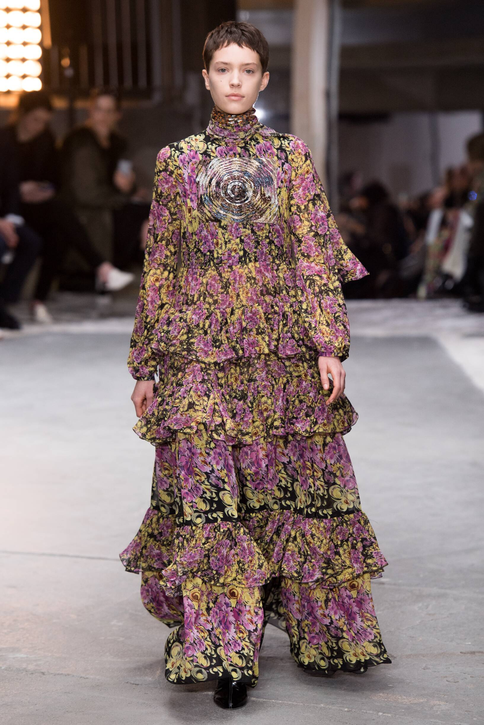Fashion 2018-19 Woman Trends Giambattista Valli