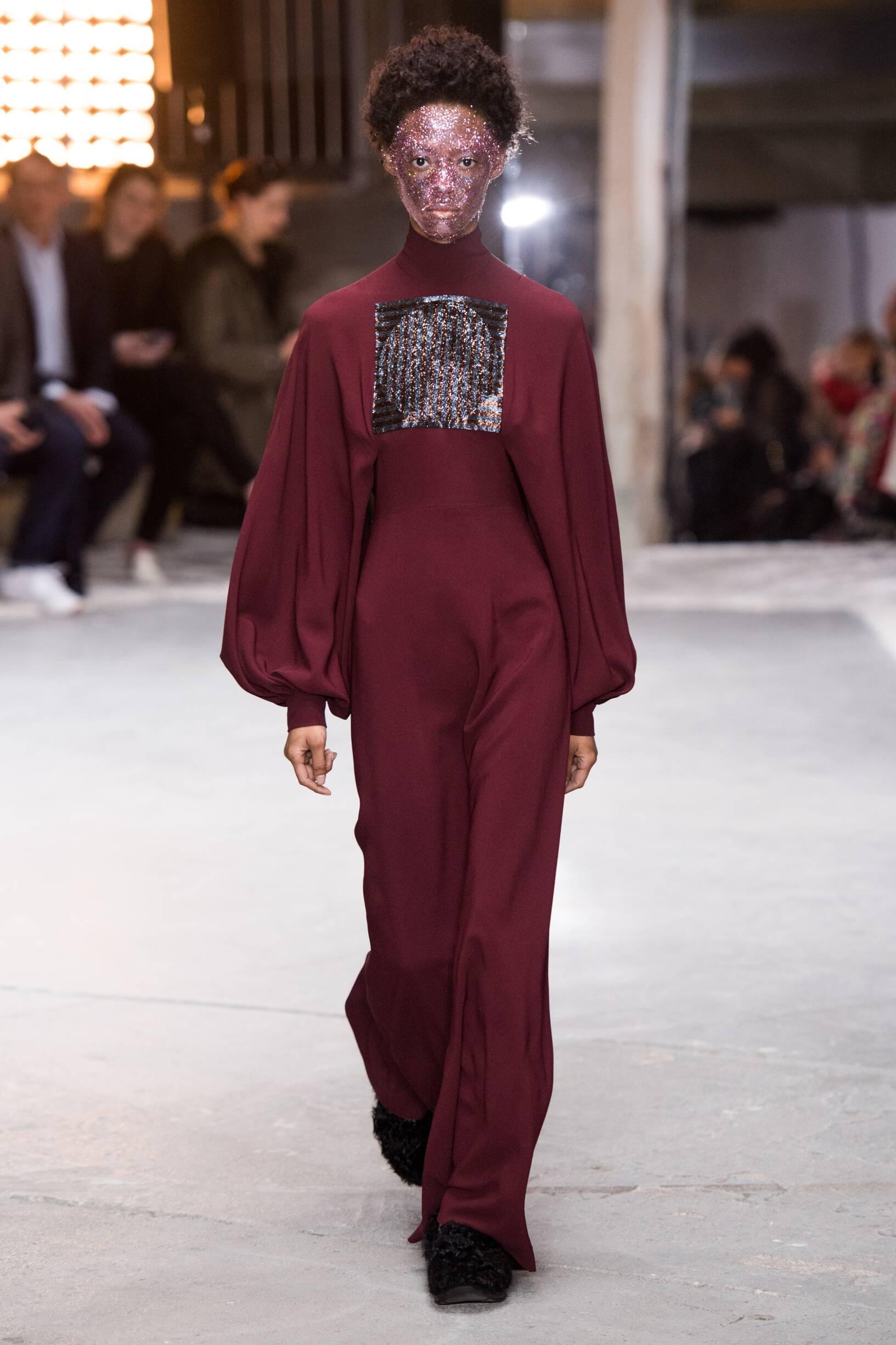 Fashion 2018-2019 Woman Style Giambattista Valli