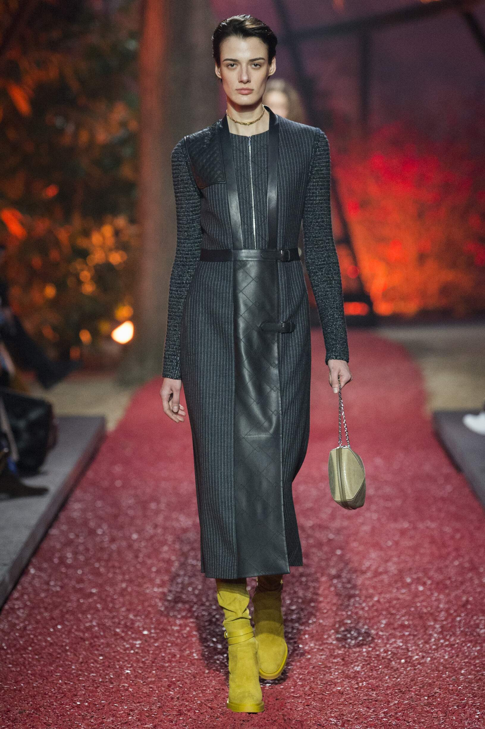 Fashion 2018-2019 Woman Style Hermès