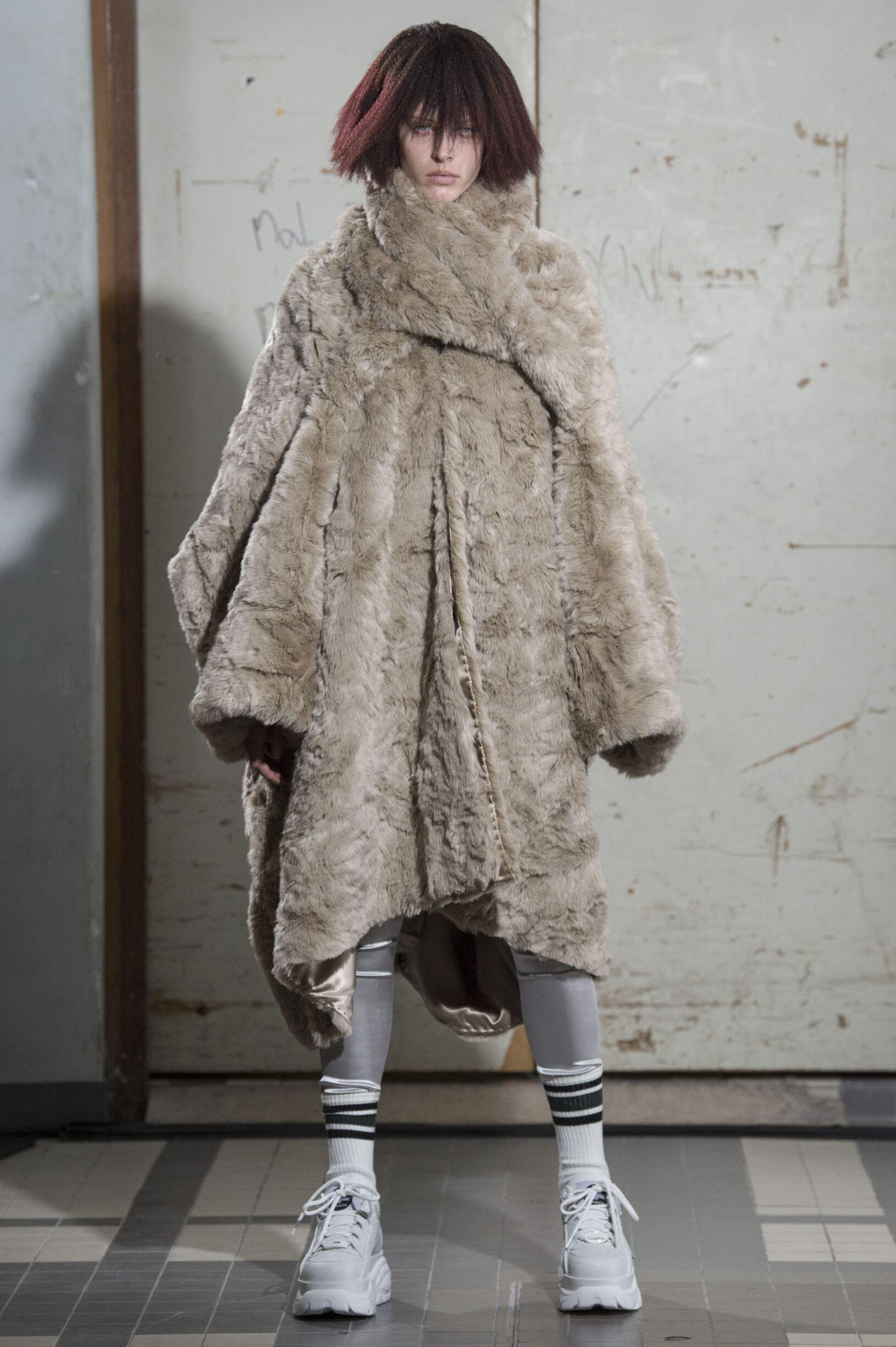 Fashion 2018 2019 Woman Style Junya Watanabe