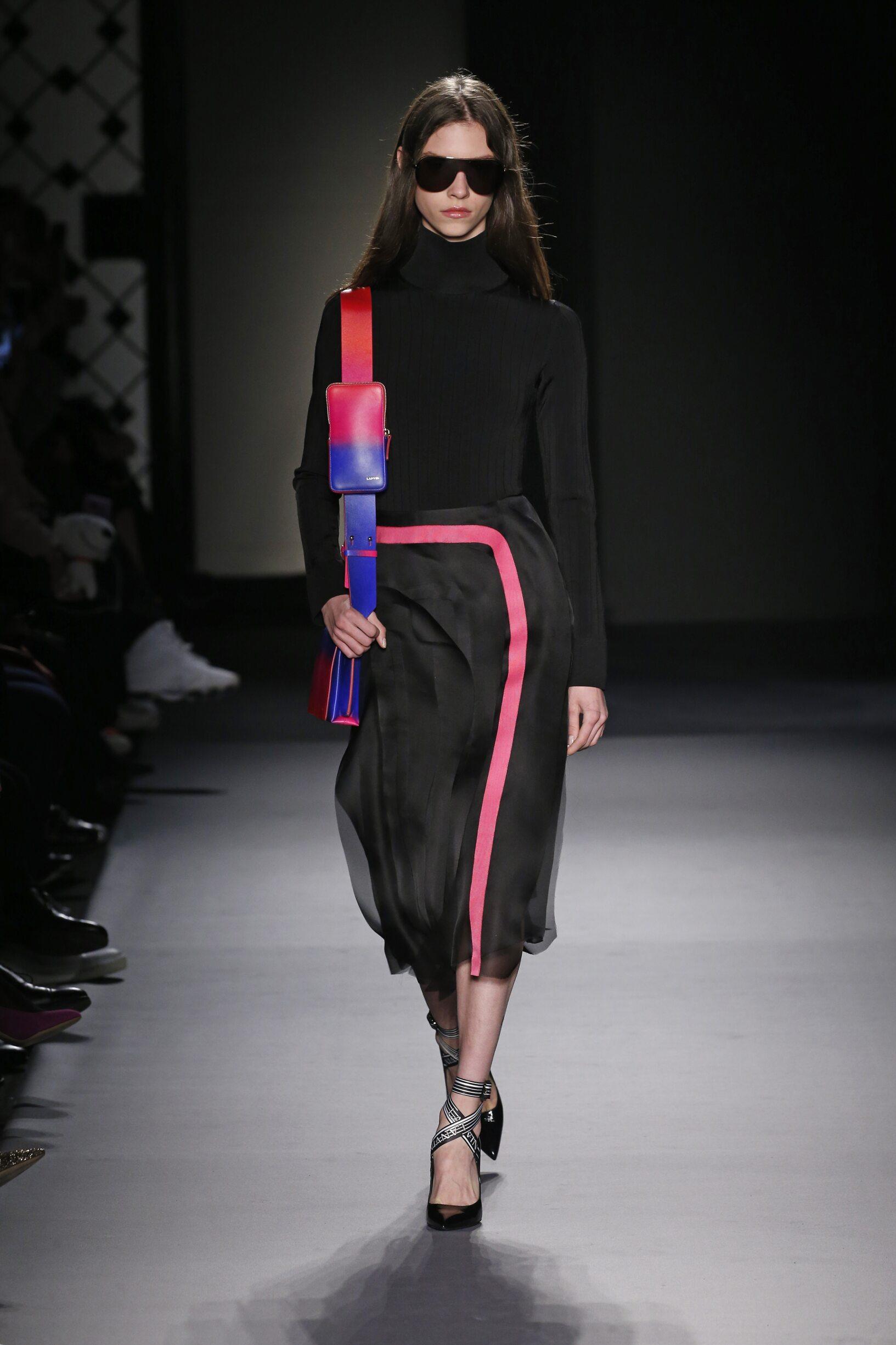 Fashion 2018-2019 Woman Style Lanvin