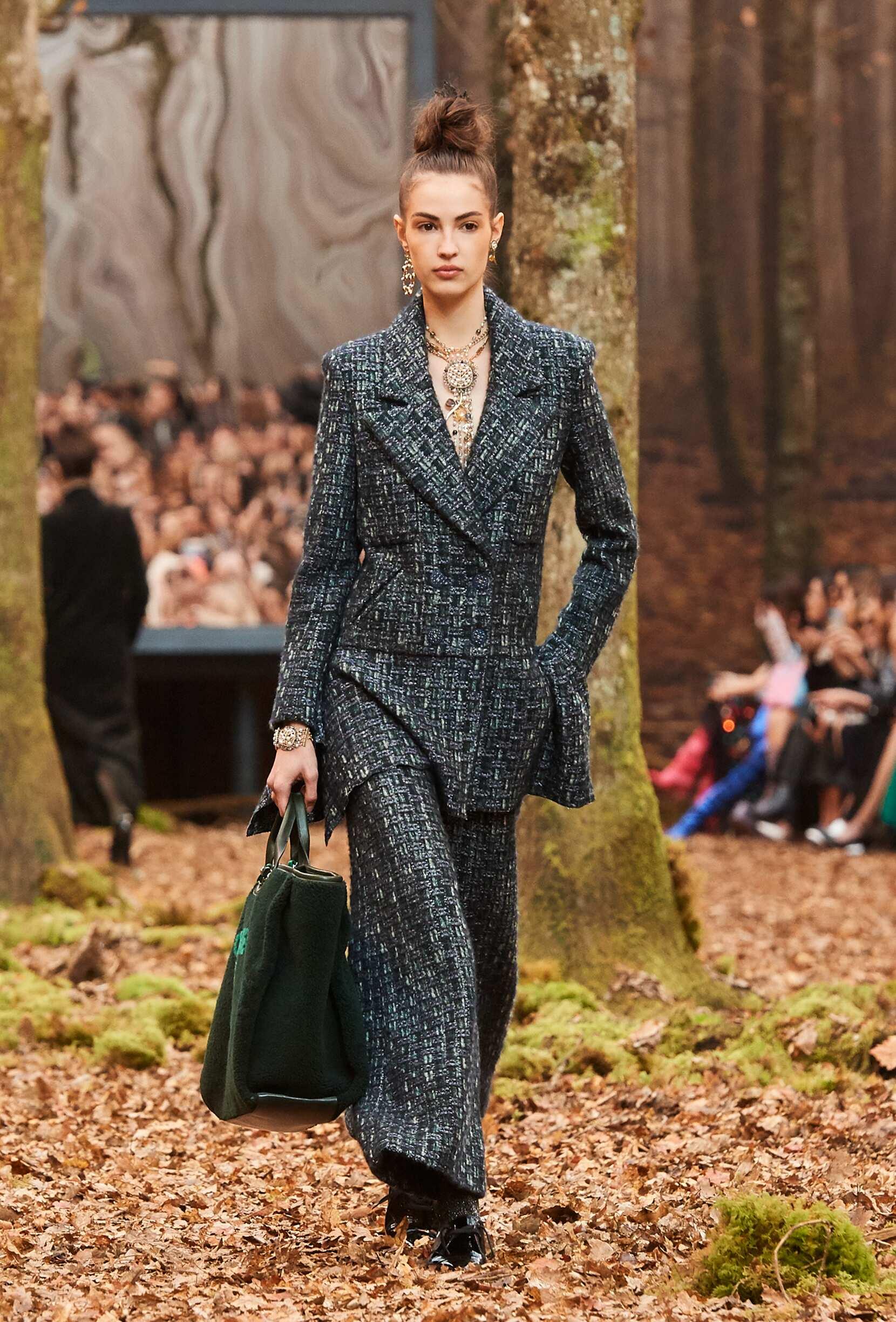 Fashion Model Chanel Catwalk