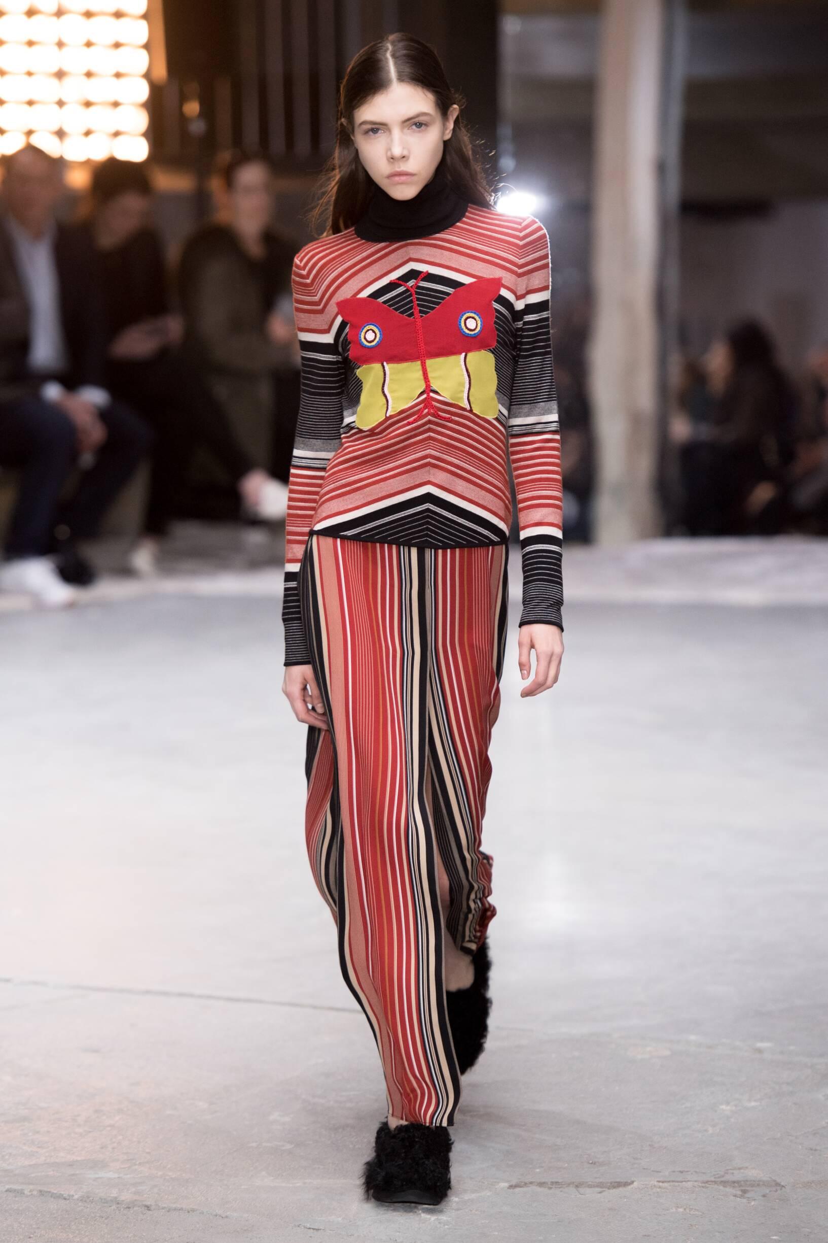 Fashion Woman Model Giambattista Valli Catwalk