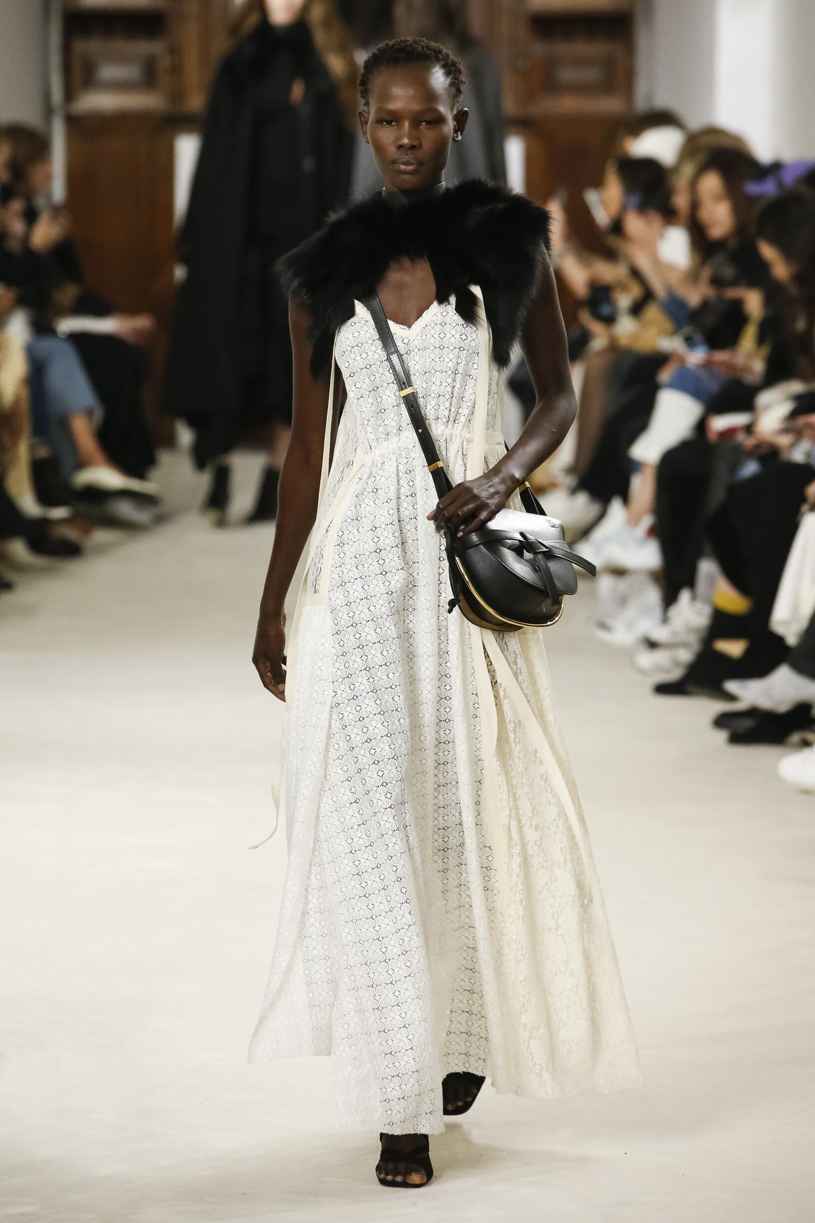 Fashion Woman Model Loewe Catwalk