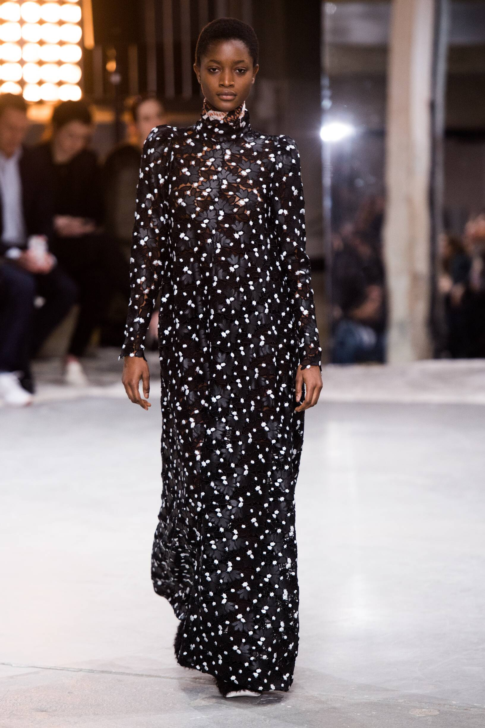 Giambattista Valli Fall 2018 Catwalk