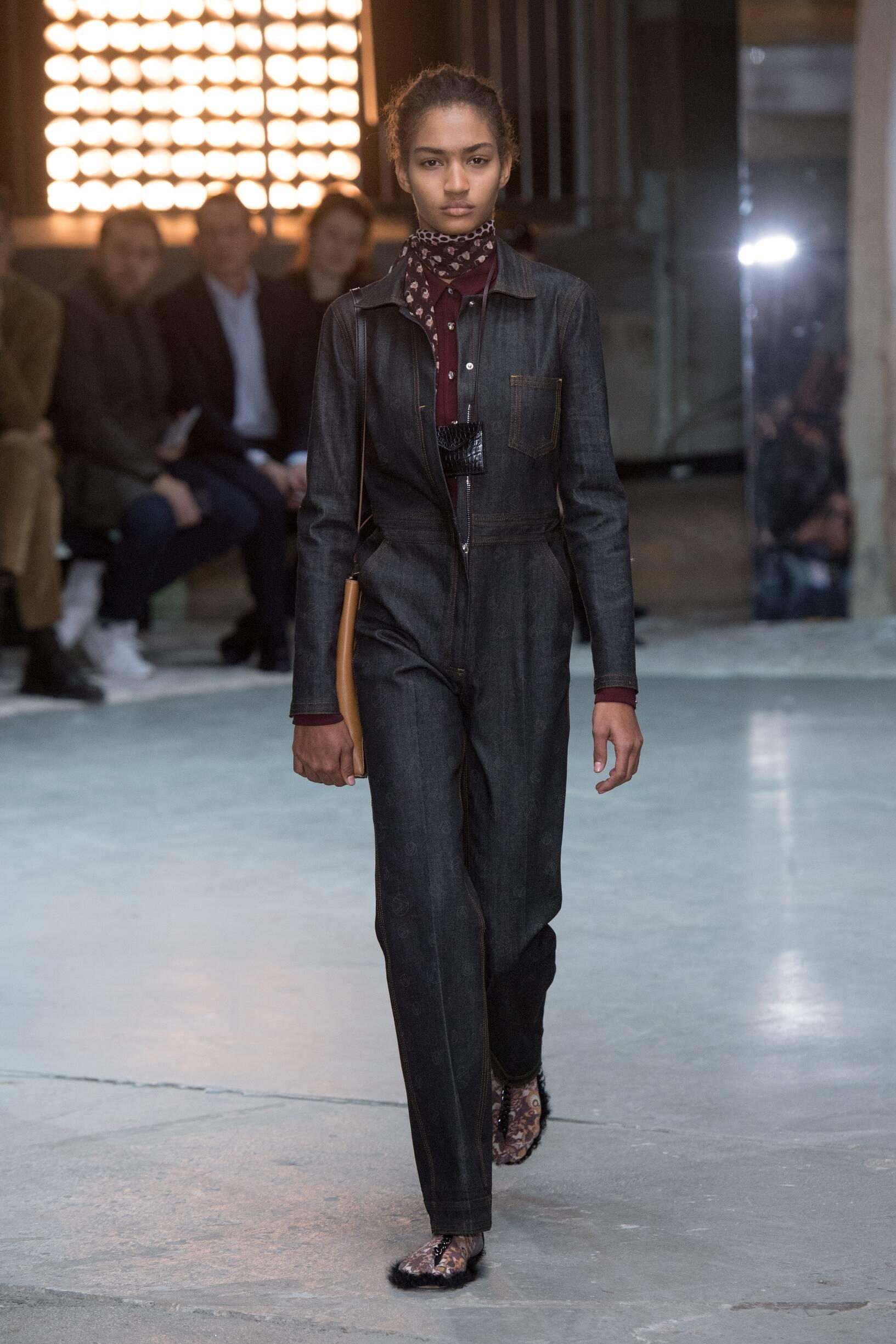 Giambattista Valli Fashion Show FW 2018