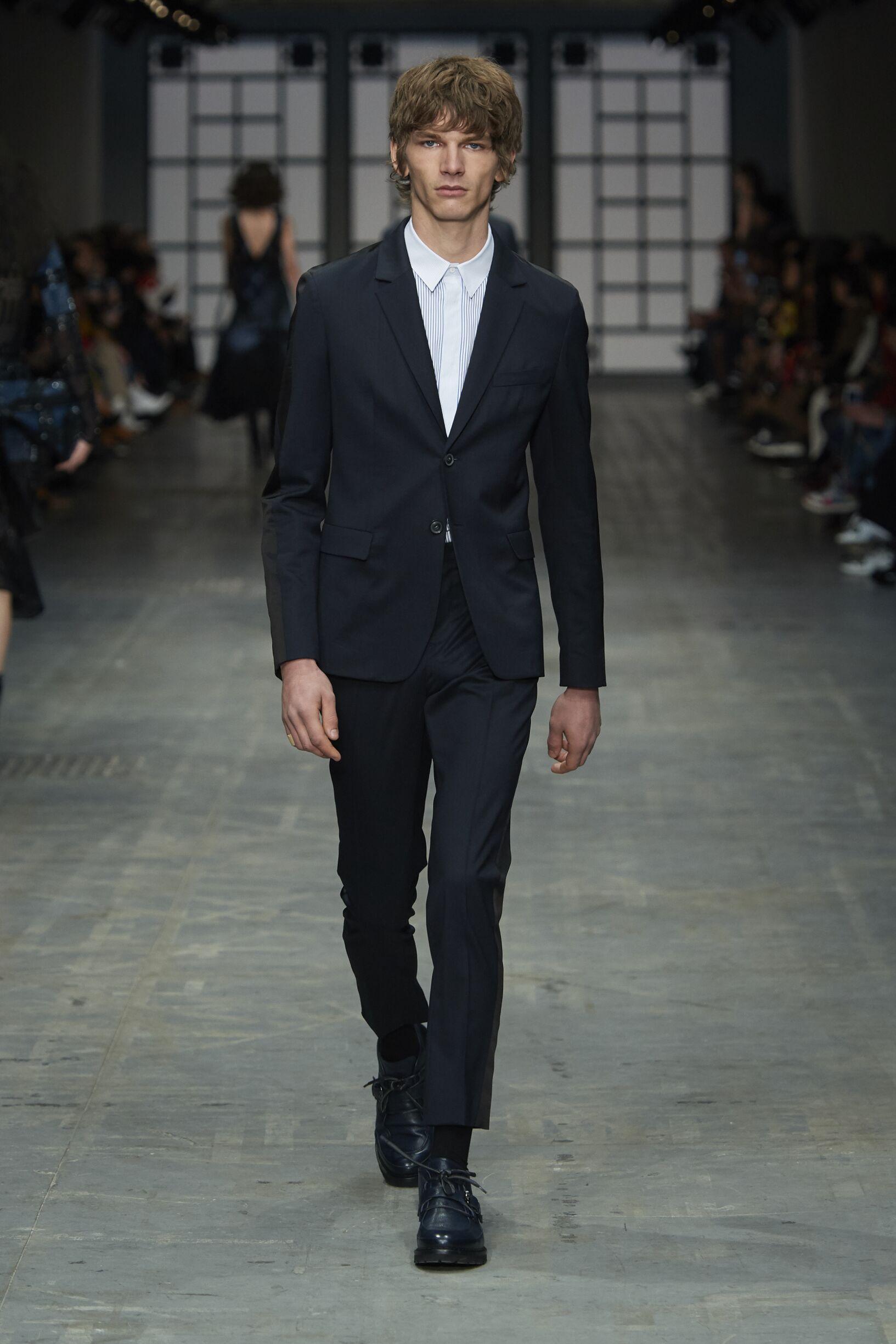 Man Fashion 2018-19 Suit Trussardi