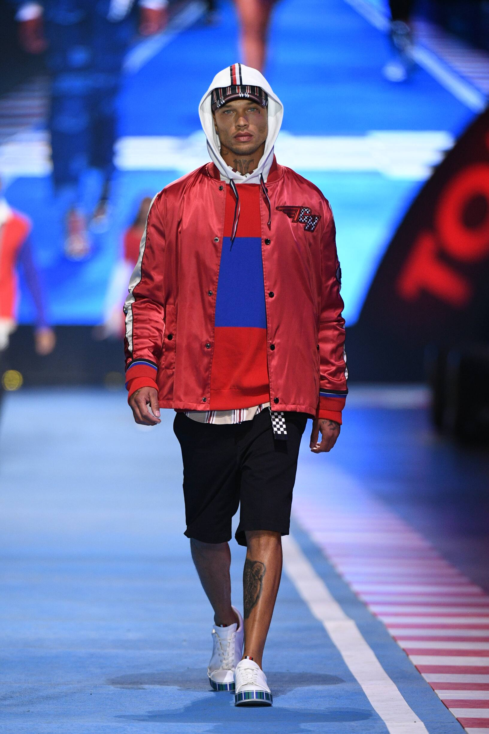 Man Spring 2018 Tommy Now Drive Fashion Show Milan