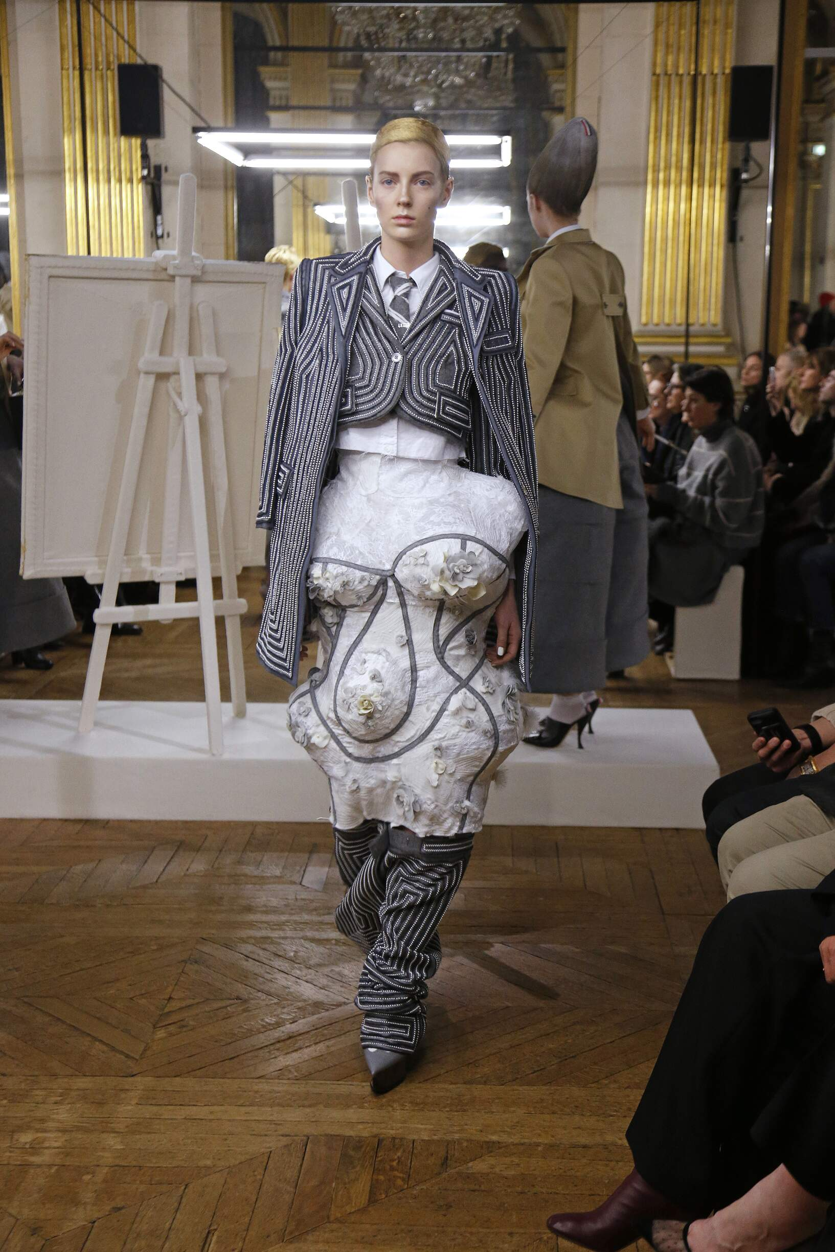 Model Catwalk Thom Browne