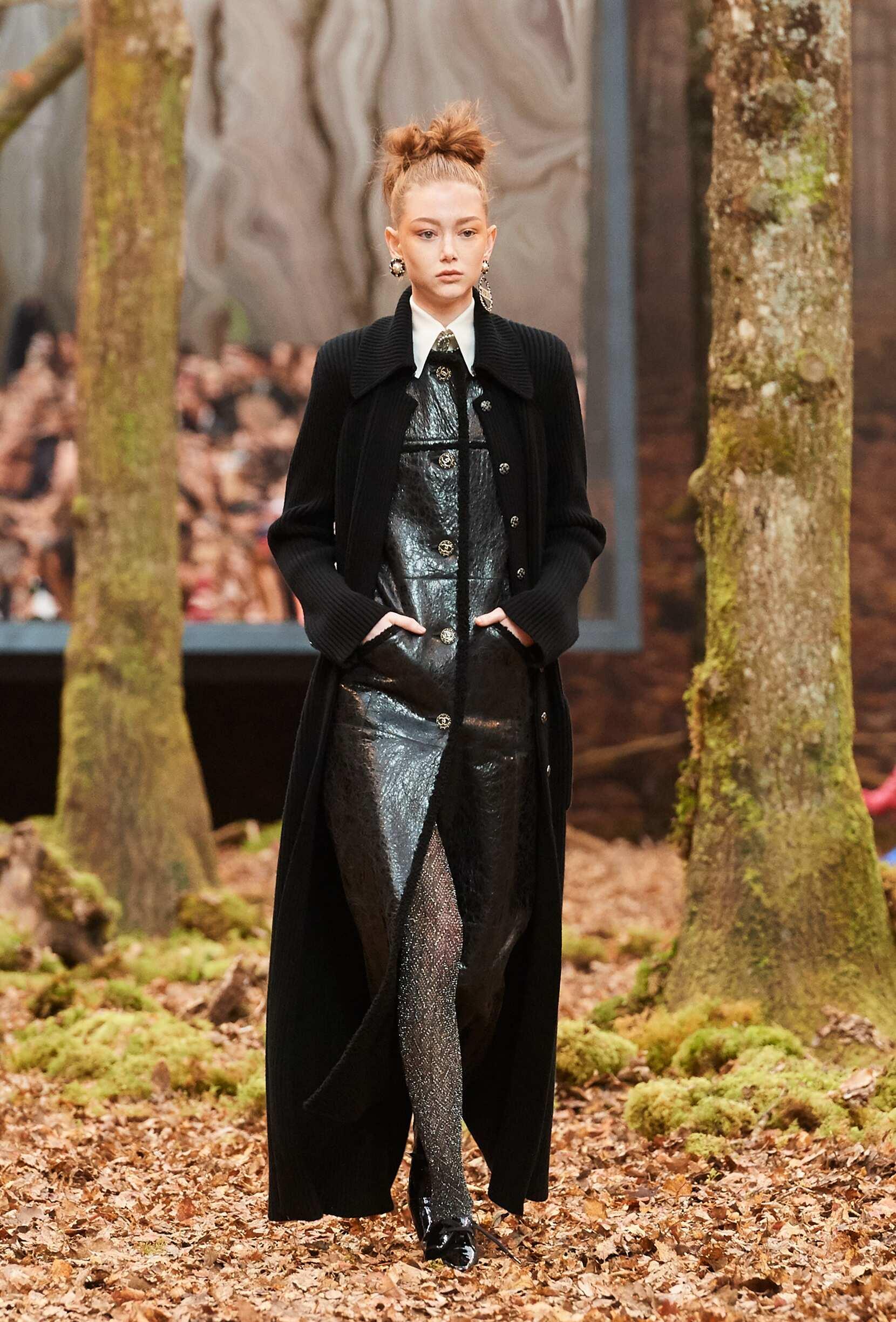 Model Fashion Show Chanel