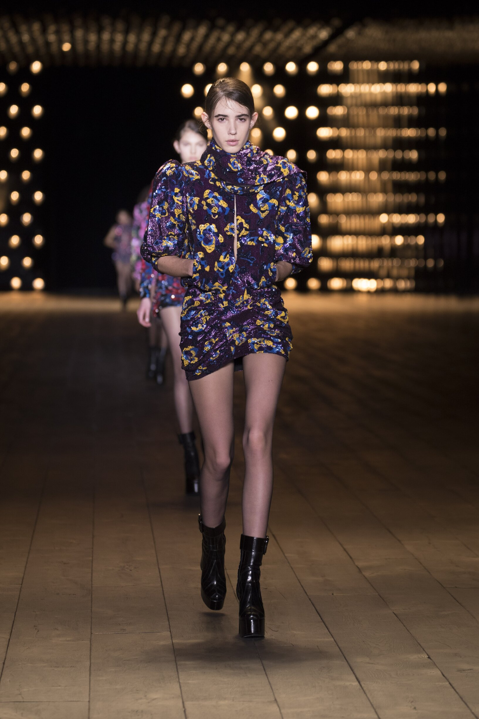 Model Fashion Week 2018 Catwalk Saint Laurent