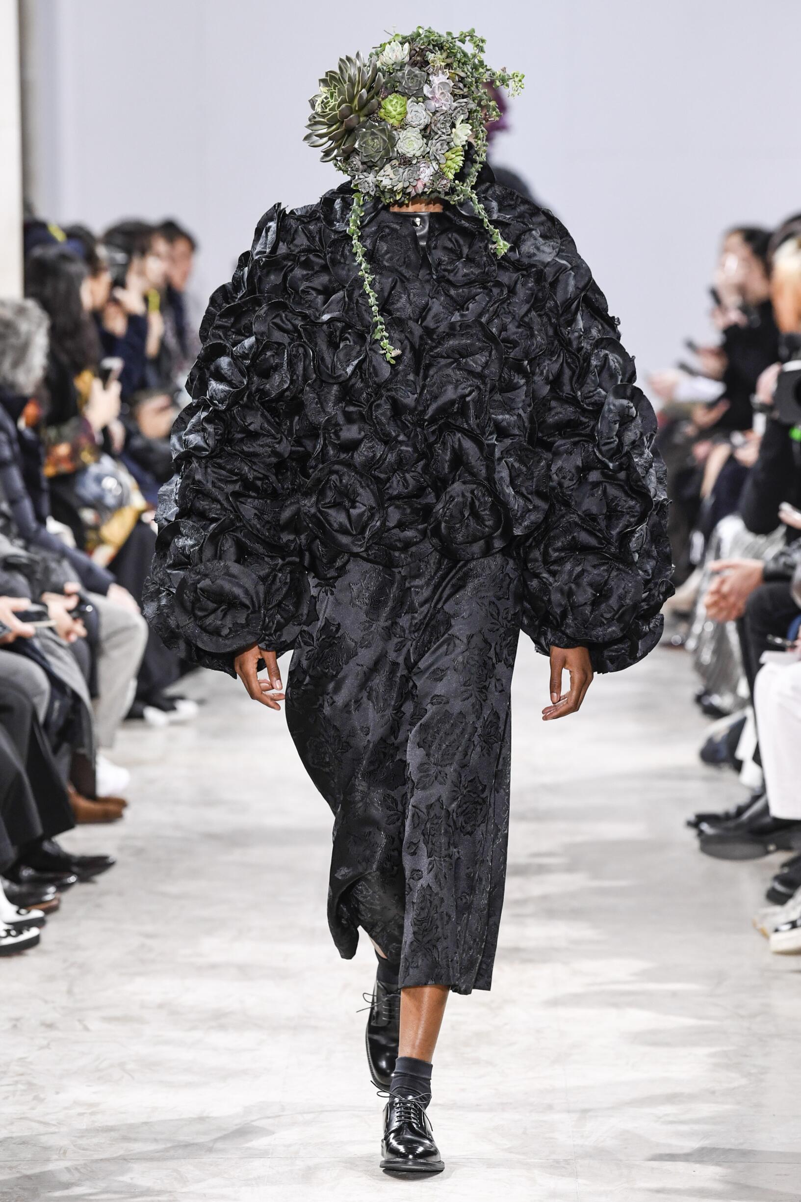Noir Kei Ninomiya 2018 Woman Paris
