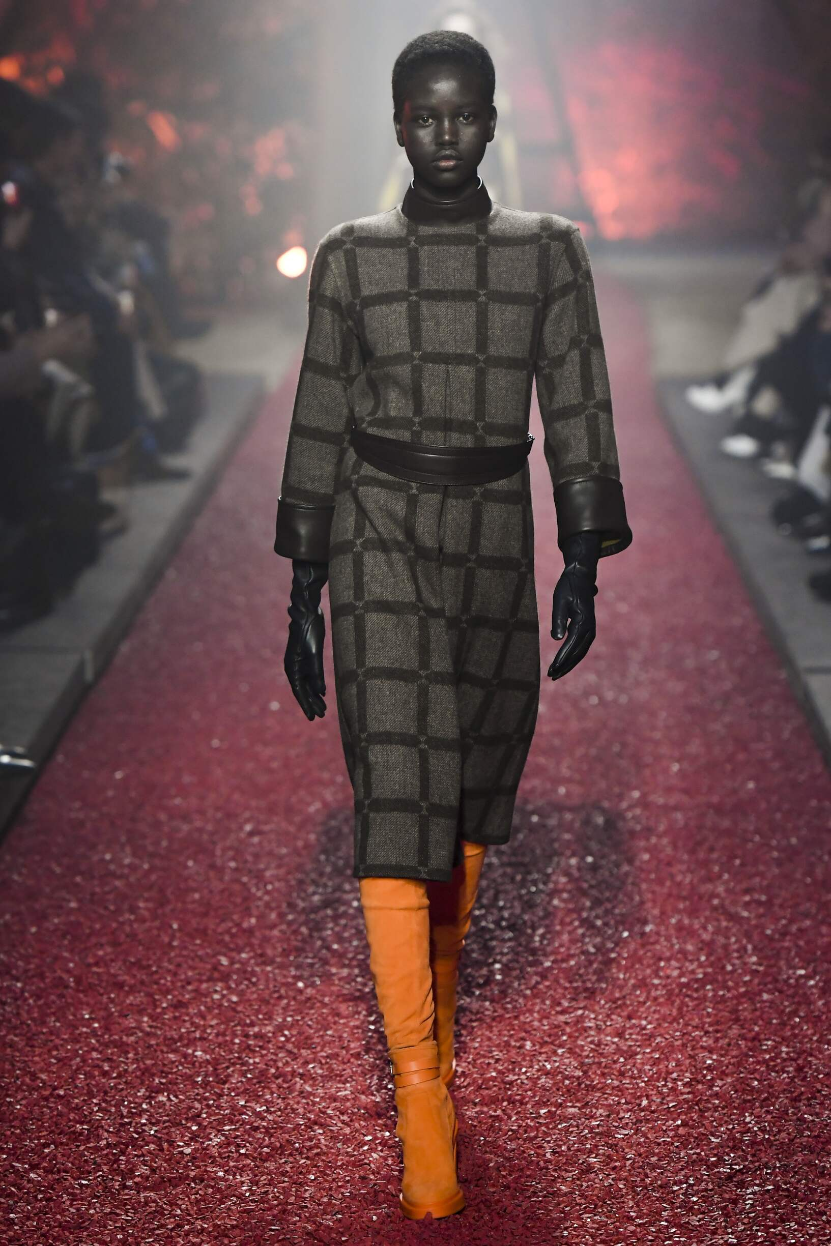 Runway Hermès Fall Winter 2018 Women's Collection Paris Fashion Week