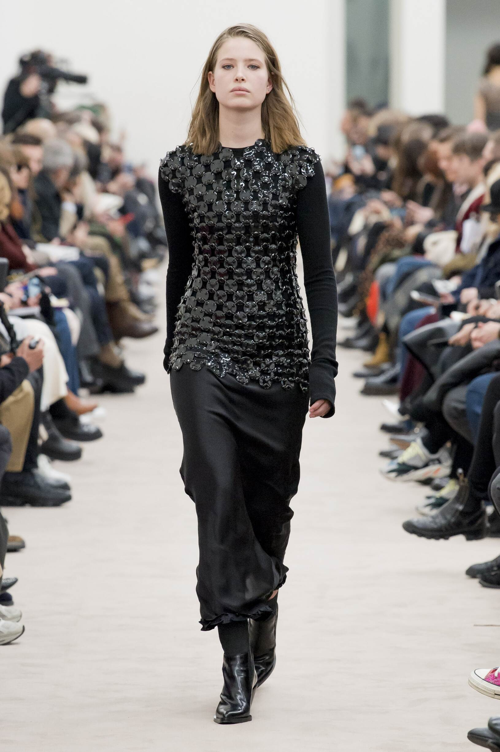 Runway Paco Rabanne Fall Winter 2018 Women's Collection Paris Fashion Week