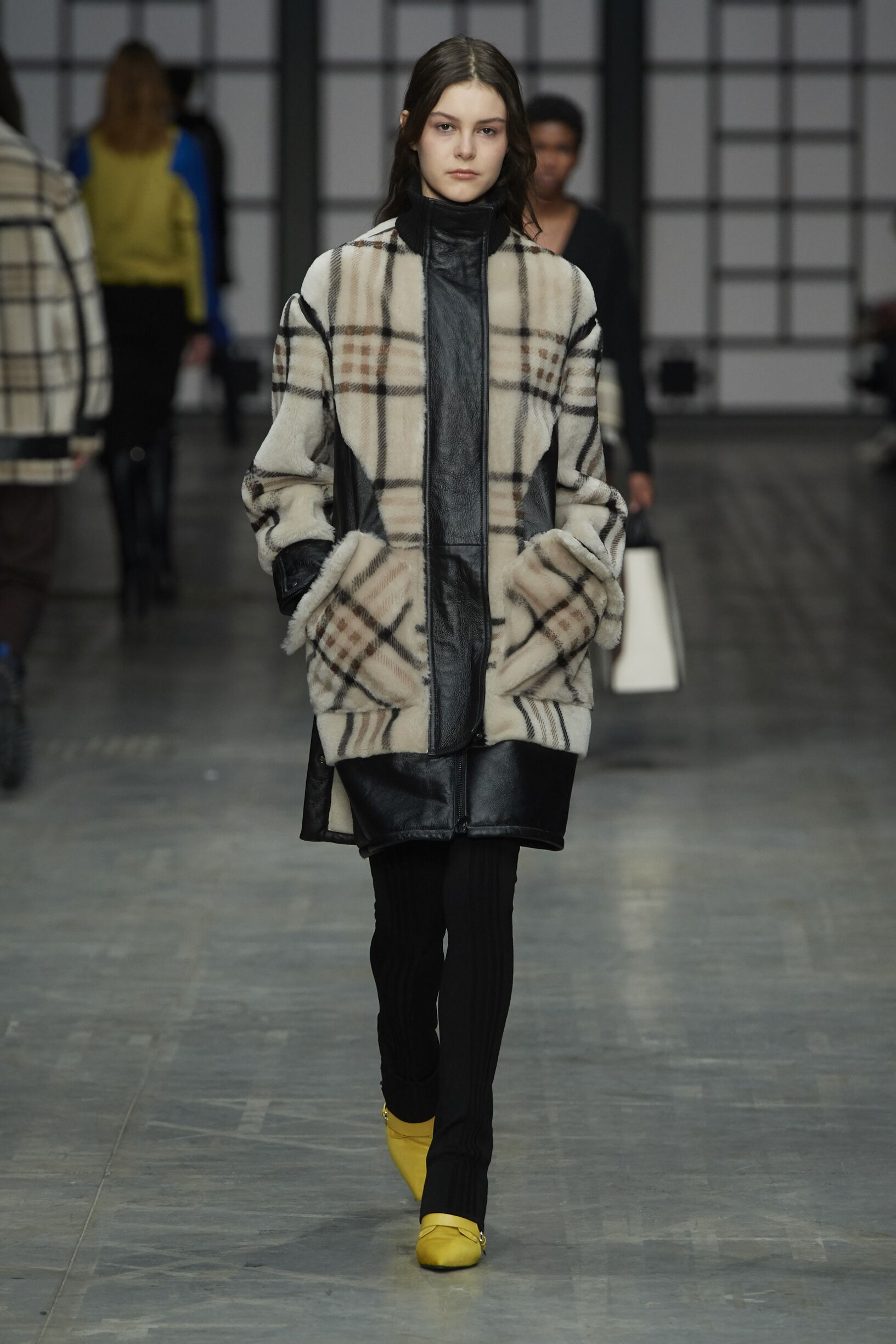 Runway Trussardi Fall Winter 2018 Women's Collection Milan Fashion Week