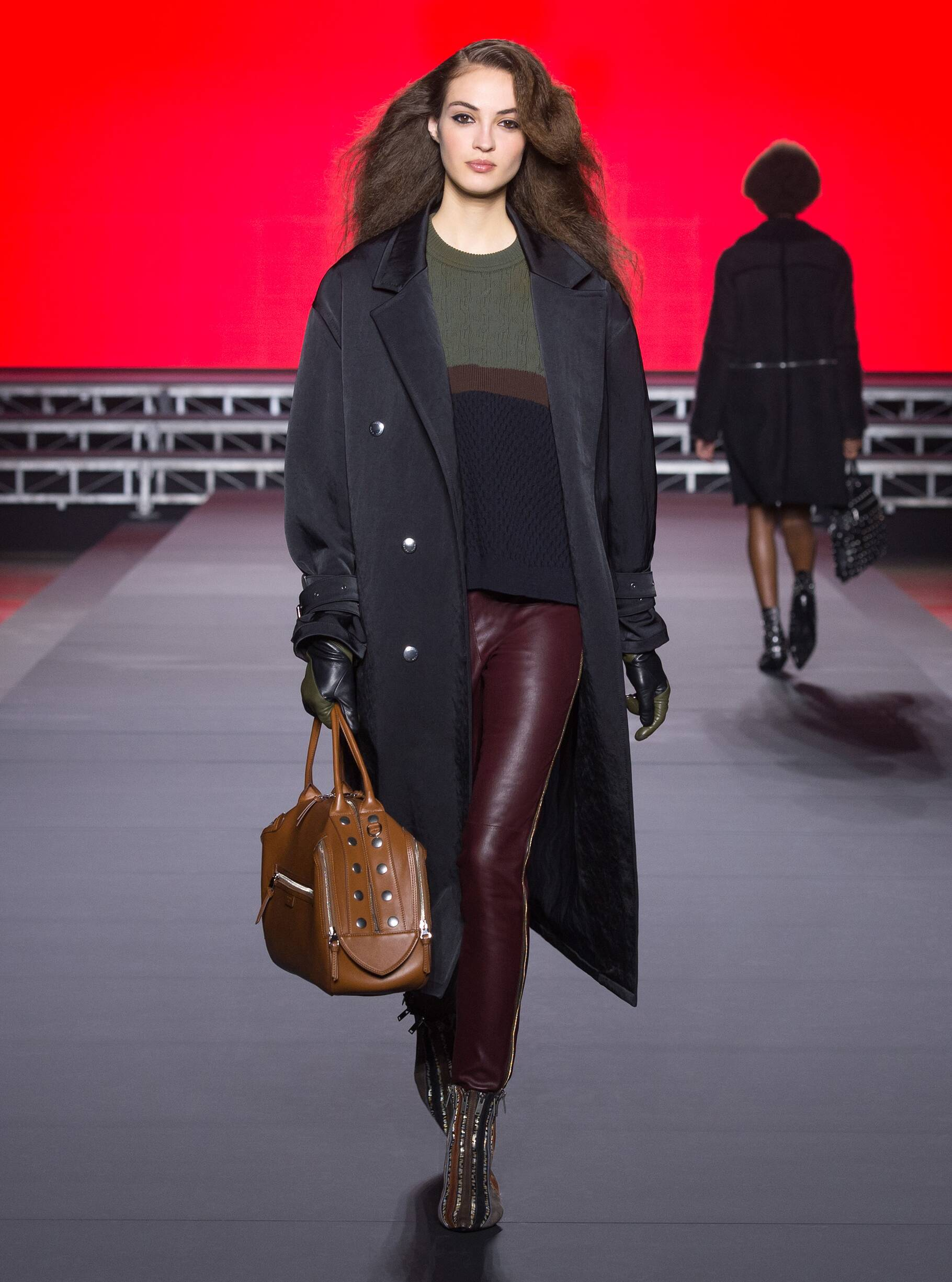 a91b9175ada Sonia Rykiel Fall Winter 2018 Womens Collection Paris Fashion Week