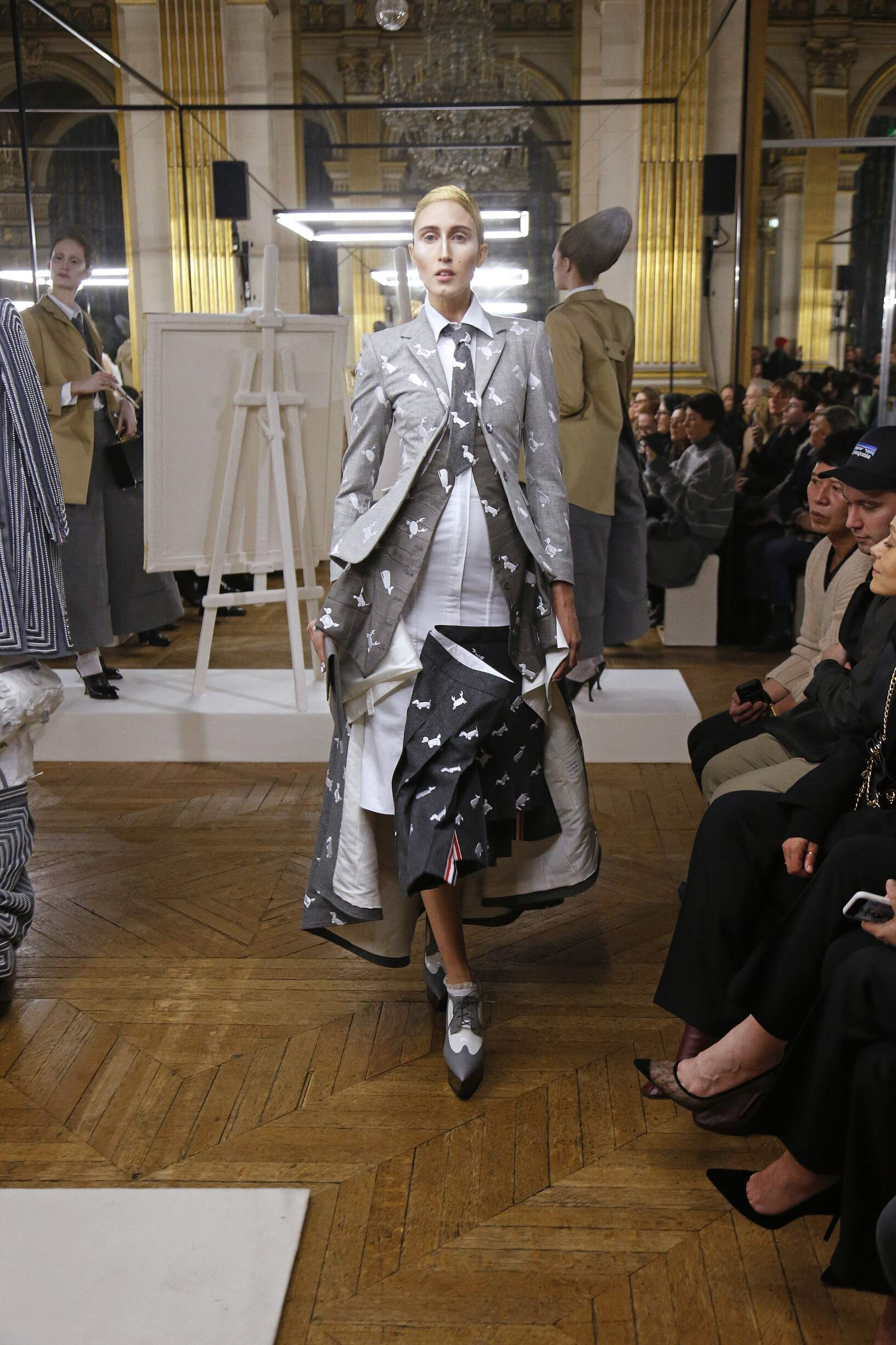 7218a84d711 THOM BROWNE FALL WINTER 2018 WOMEN S COLLECTION – PARIS FASHION WEEK
