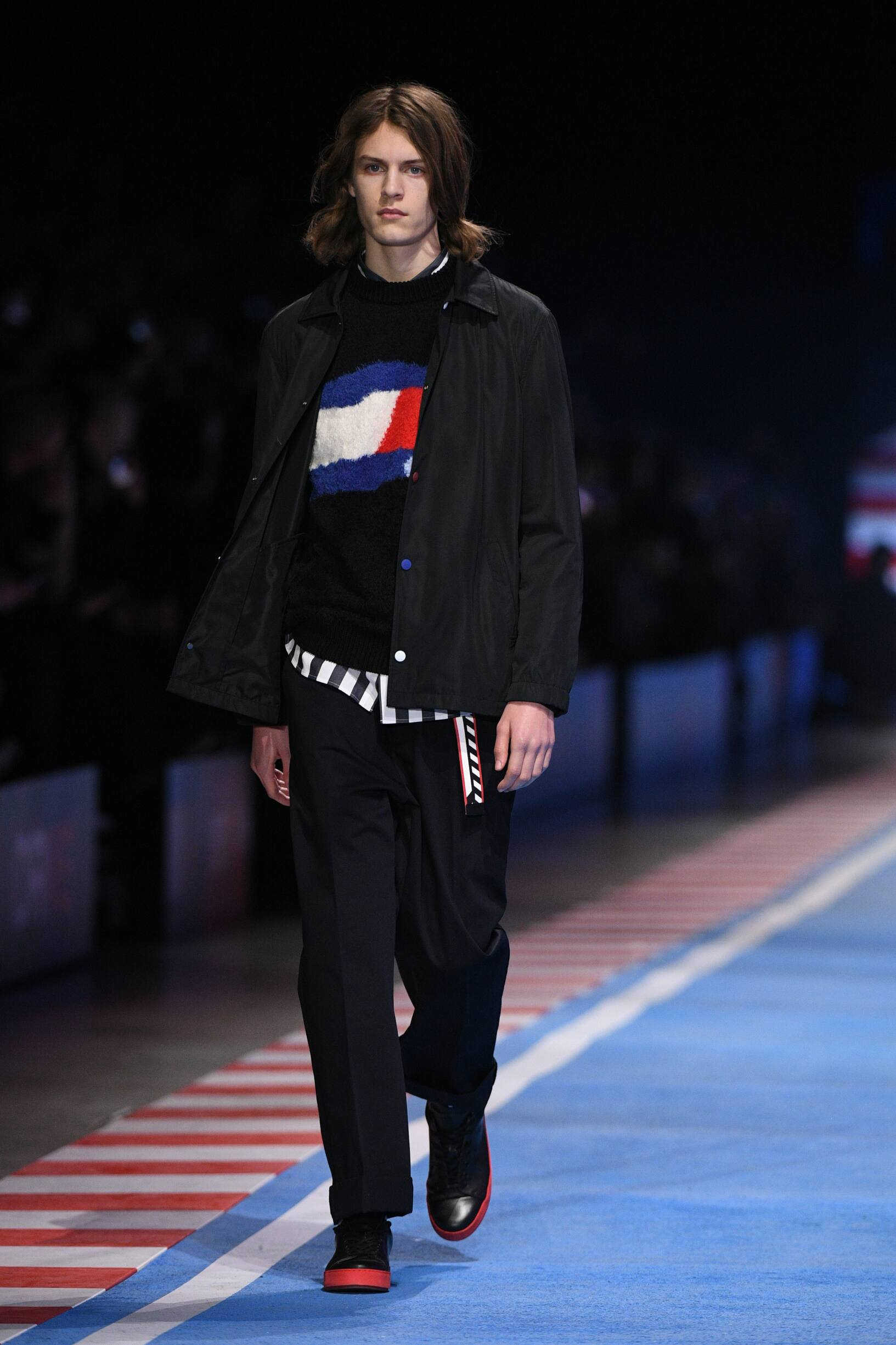 Tommy Now Drive Spring 2018 Man Catwalk