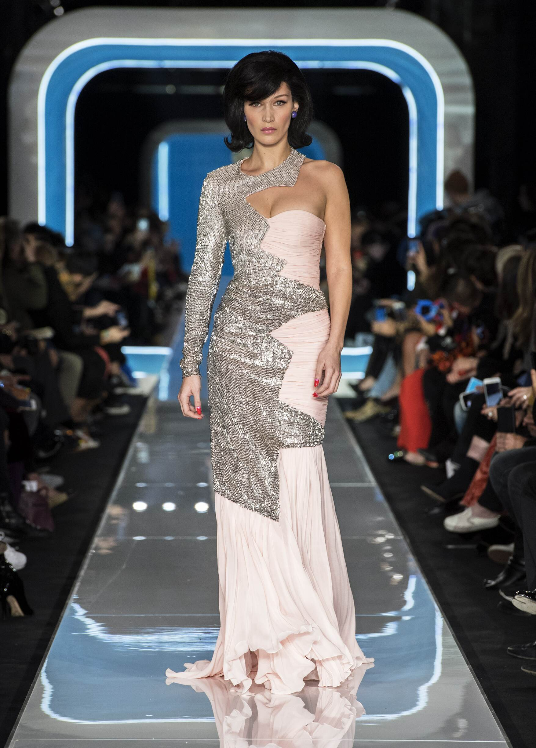 Trends FW 2018-19 Moschino Fashion Show Milan