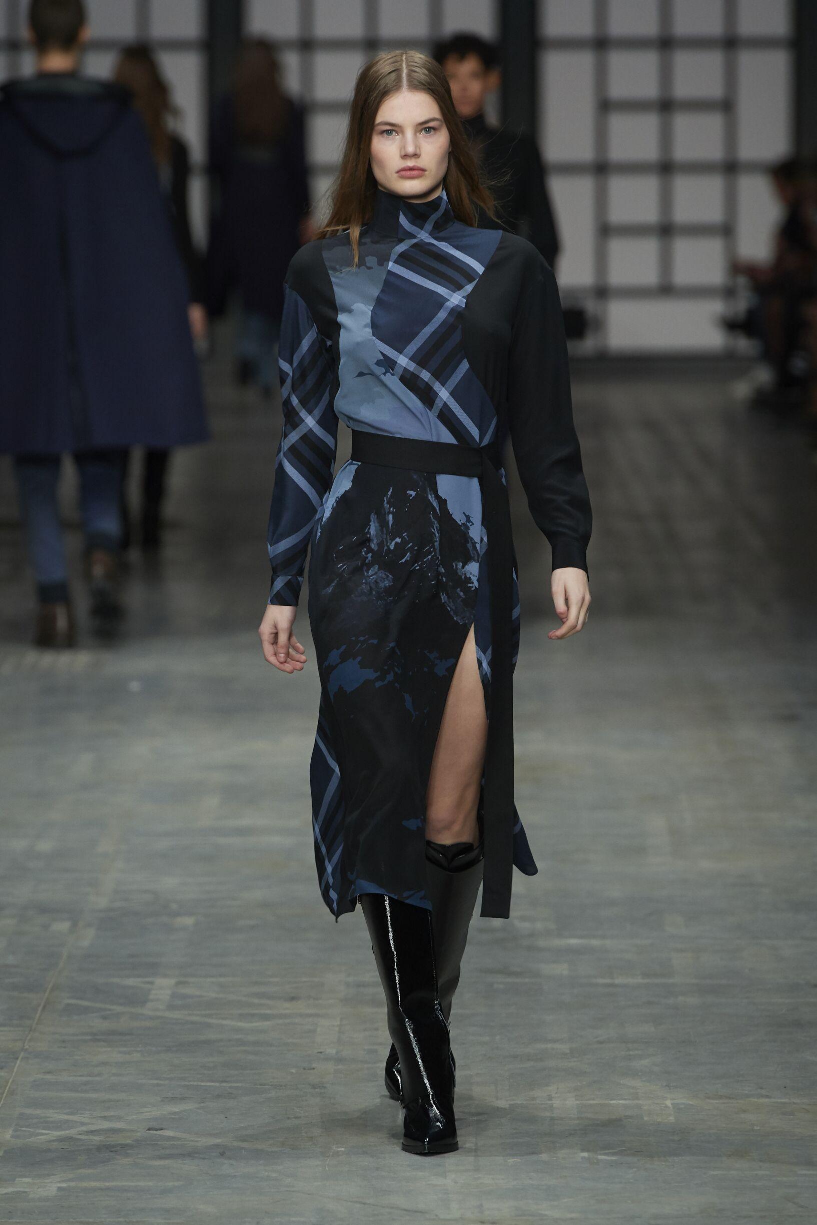 Trussardi Women's Collection 2018-19