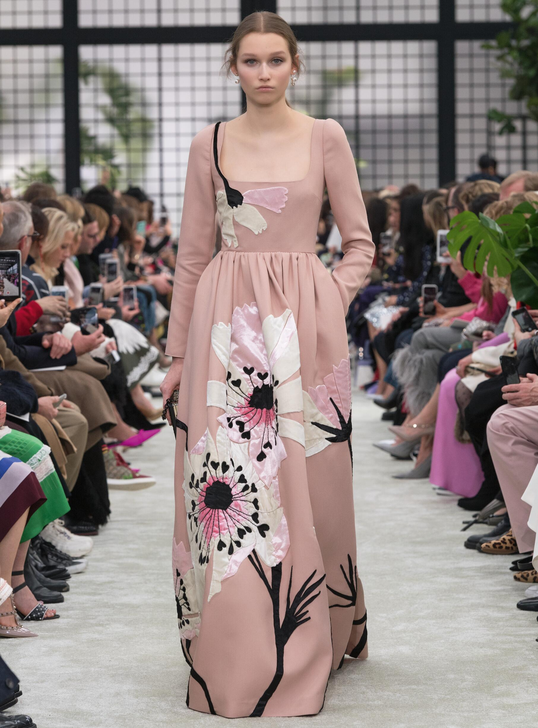 Valentino Woman Catwalk 2018