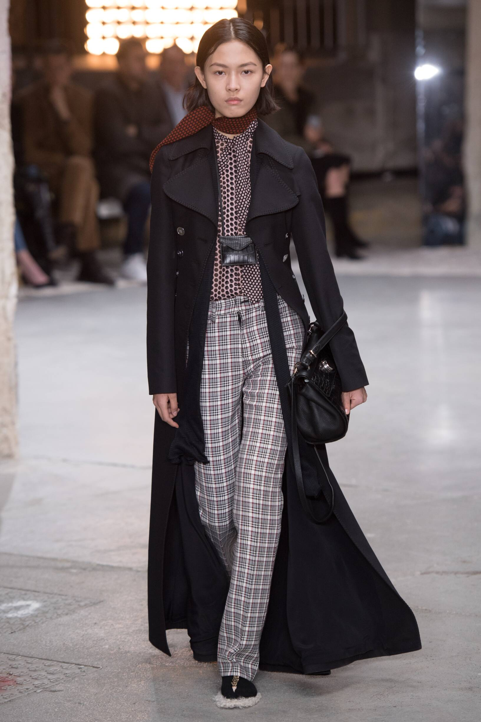 Winter 2018 Woman Trends Giambattista Valli
