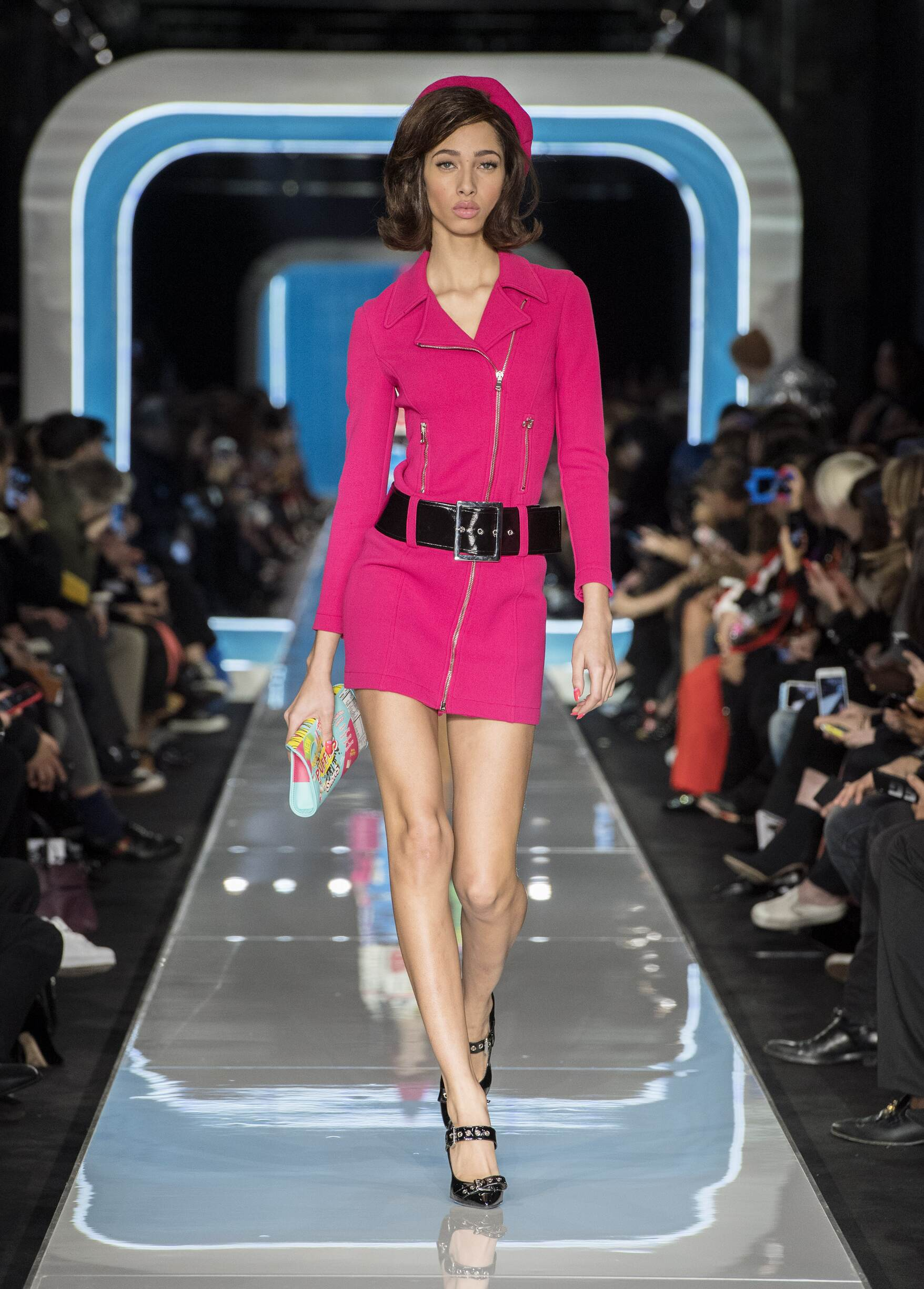 Winter 2018 Woman Trends Moschino