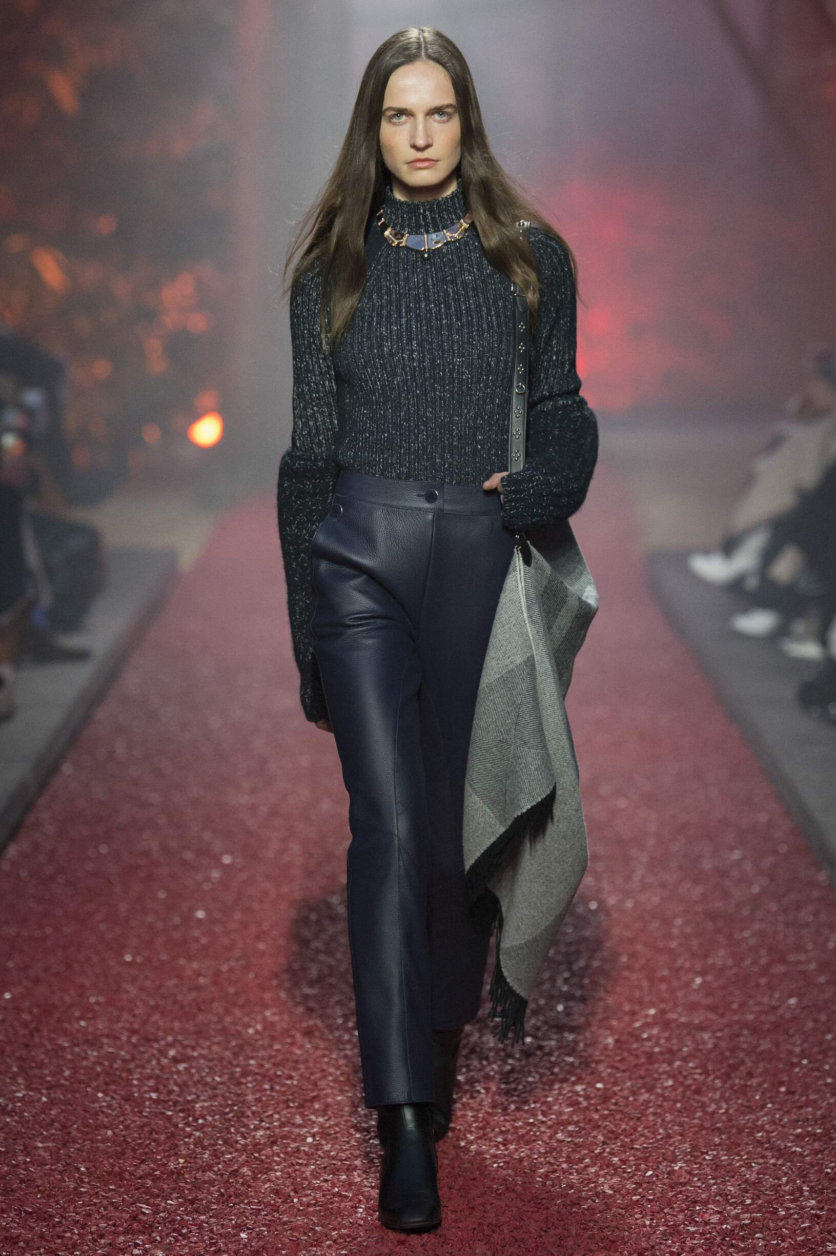 Woman FW 2018-19 Fashion Show Hermès