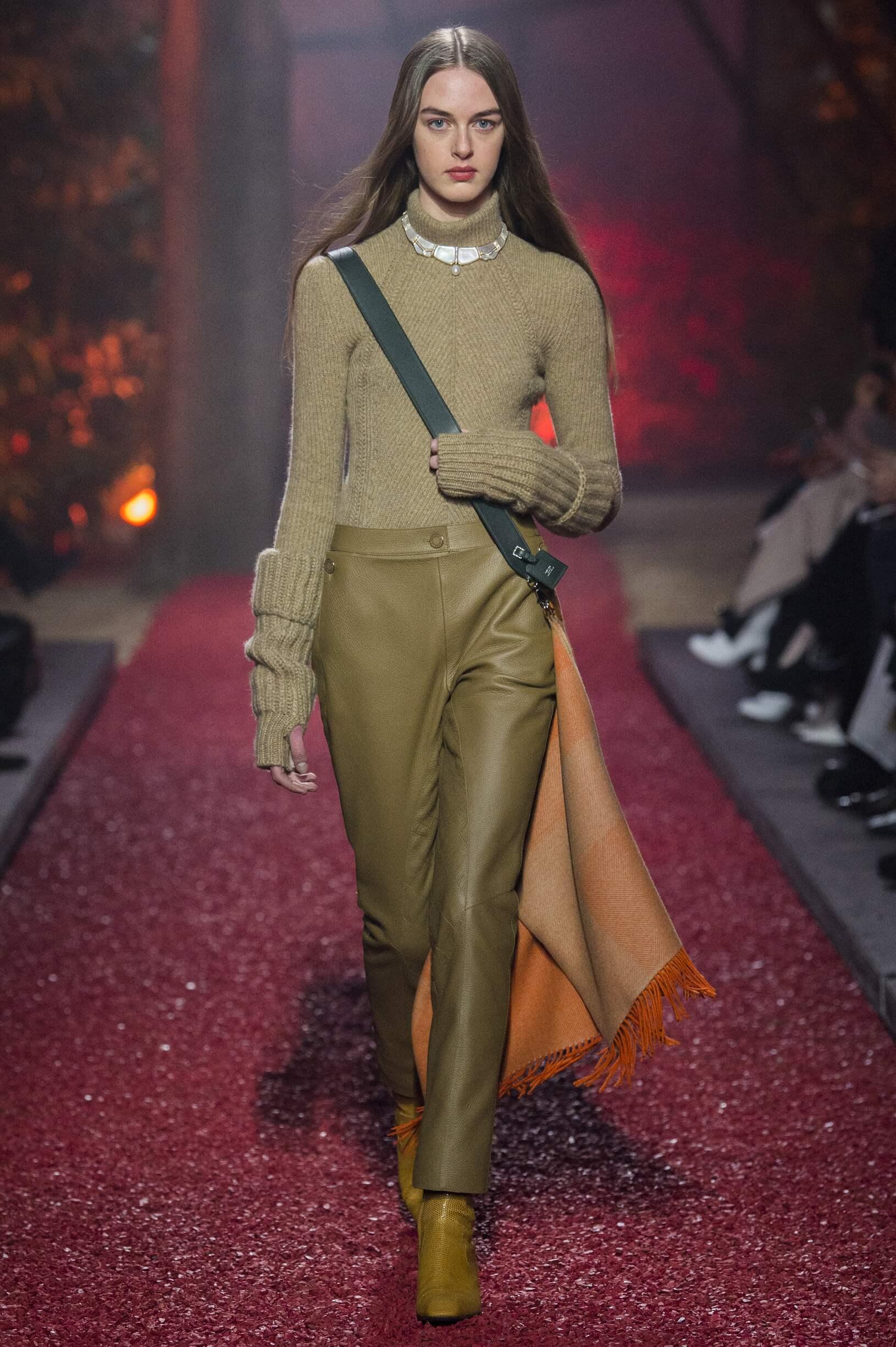 Woman FW 2018-19 Hermès Fashion Show Paris